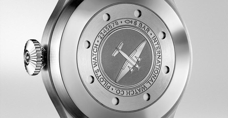 IWC PilotsWatch FeaturesCarousel 1 FINAL