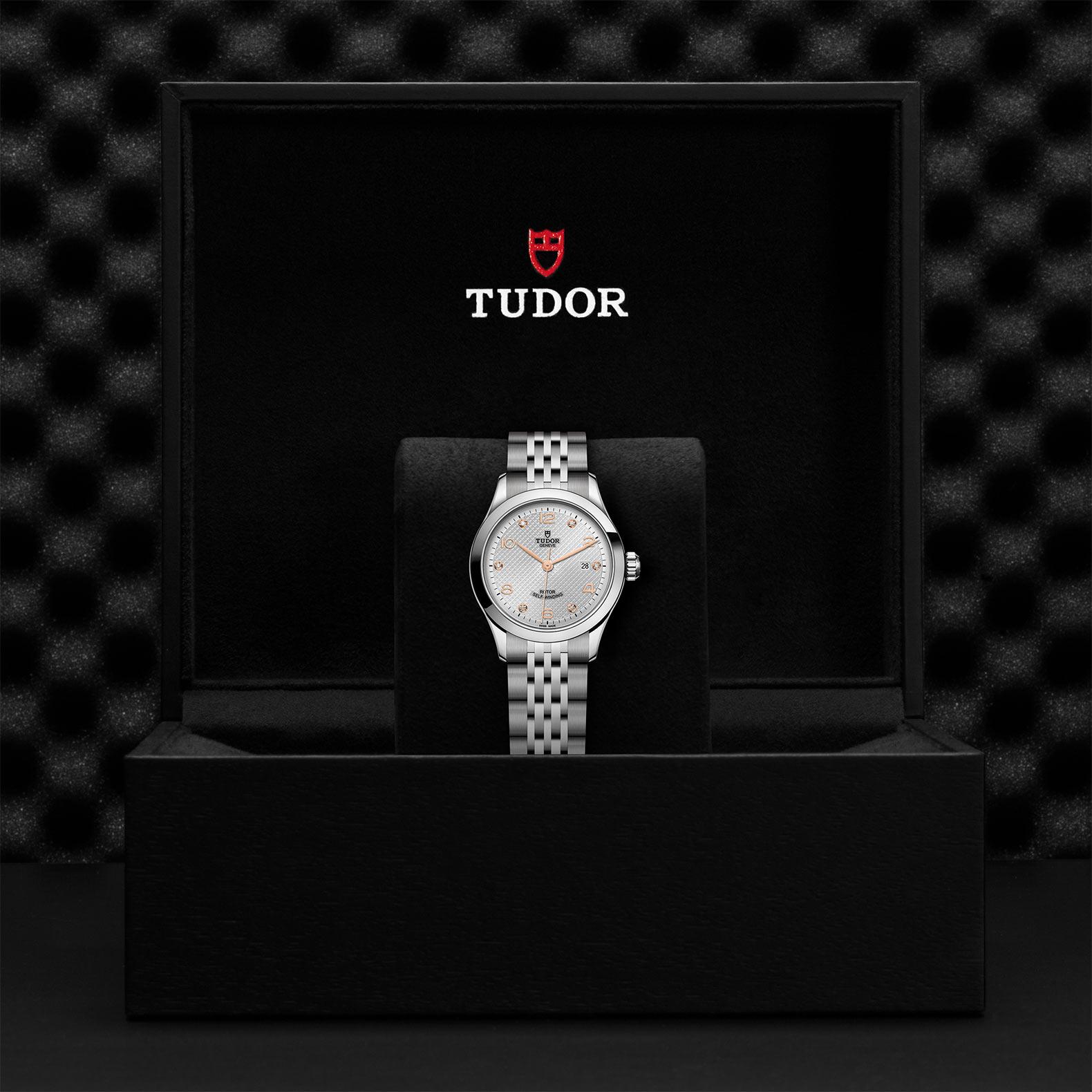 TUDOR 1926 M91350 0003 Presentation