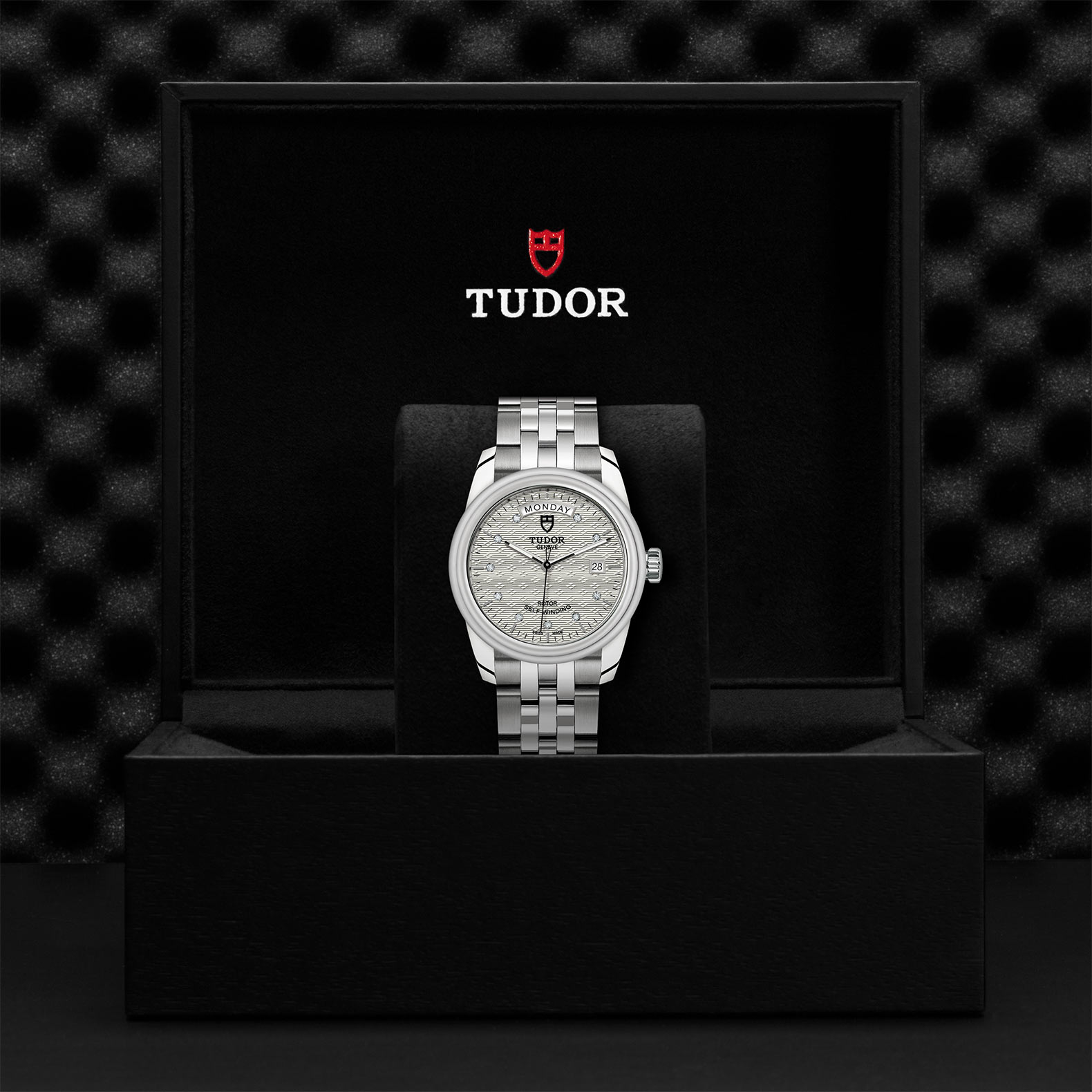 TUDOR Glamour Date Day M56000 0004 Presentationbox