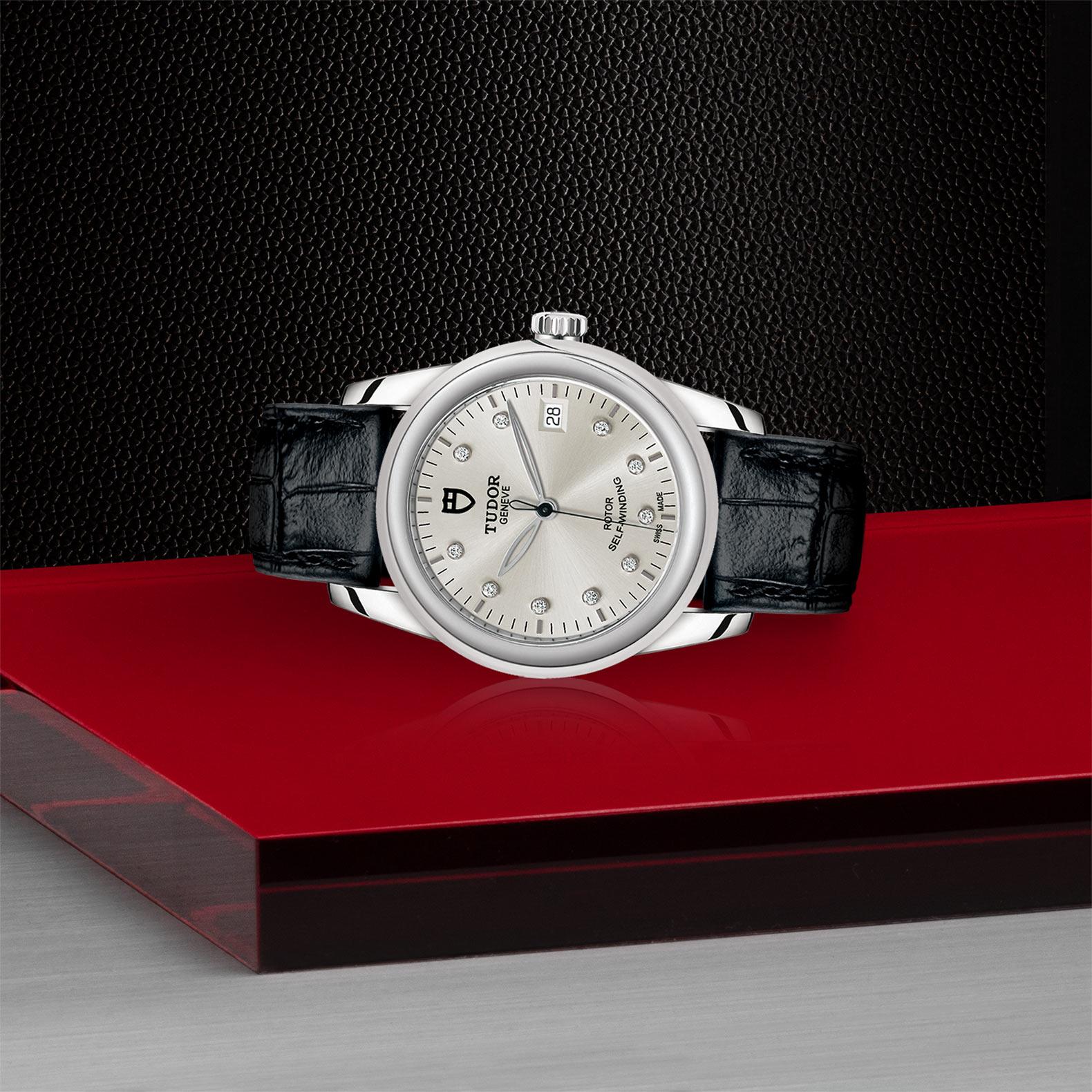 TUDOR Glamour Date M55000 0076 Layingdown