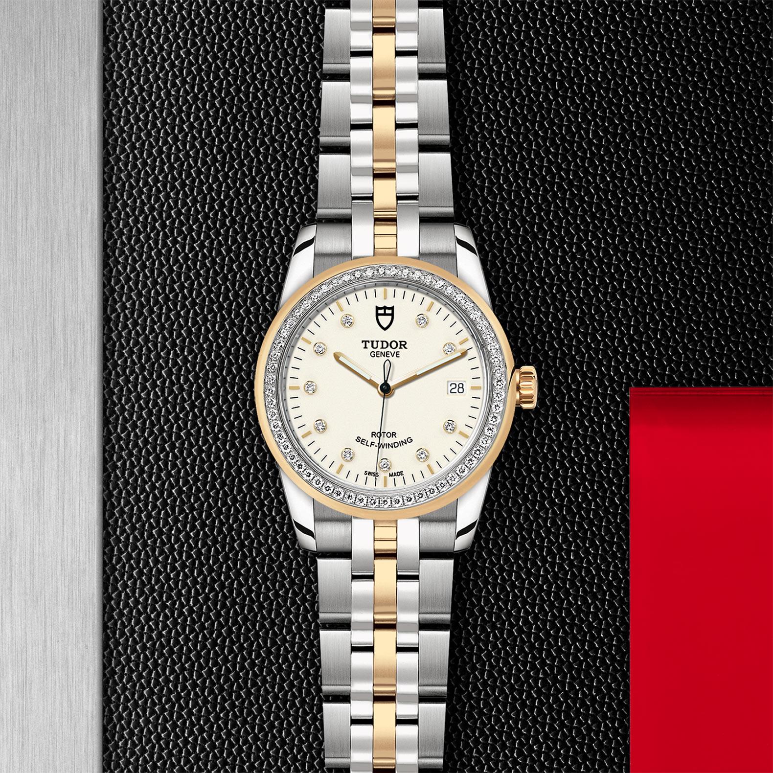 TUDOR Glamour Date M55023 0082 Flatlay