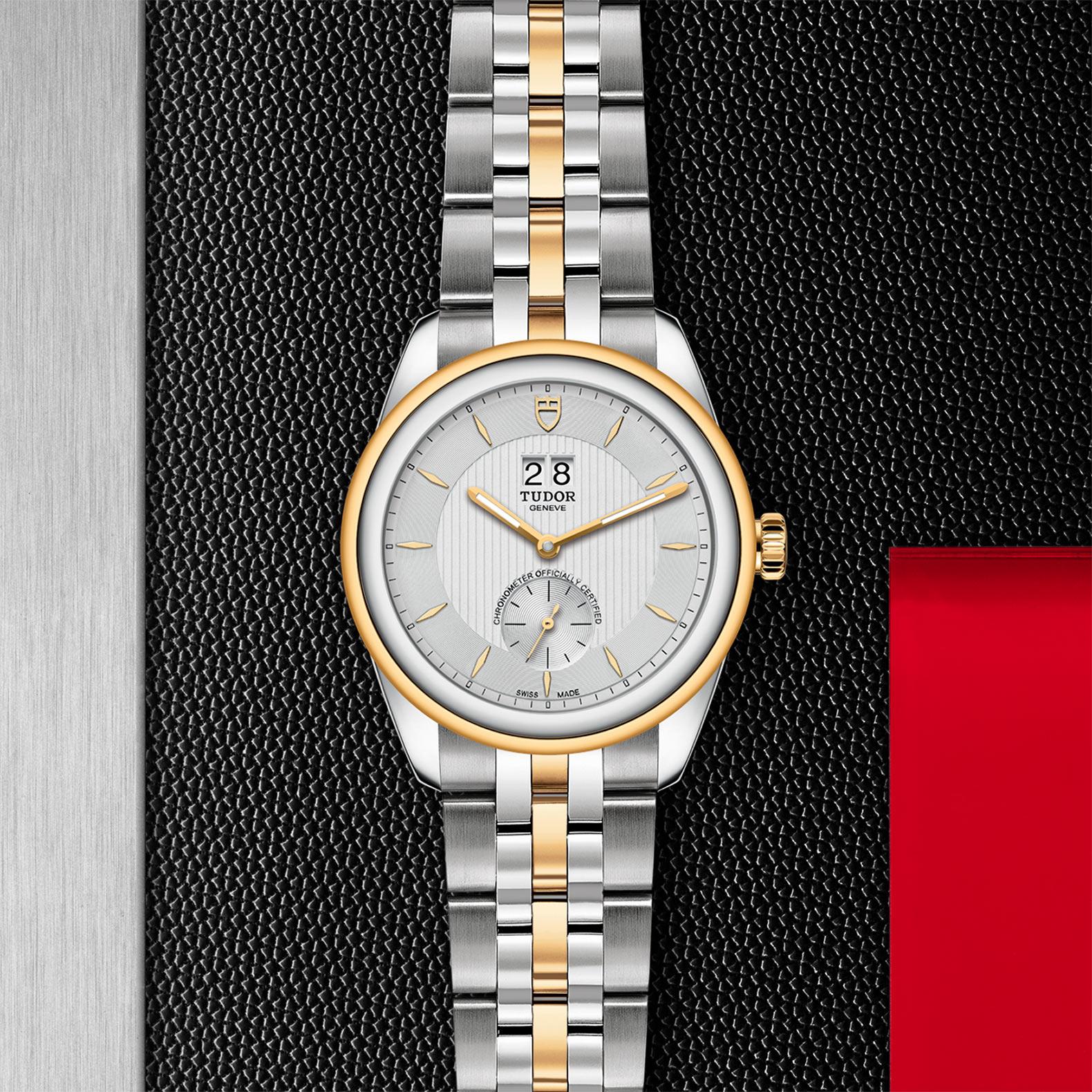 TUDOR Glamour Double Date M57103 0001 Flatlay