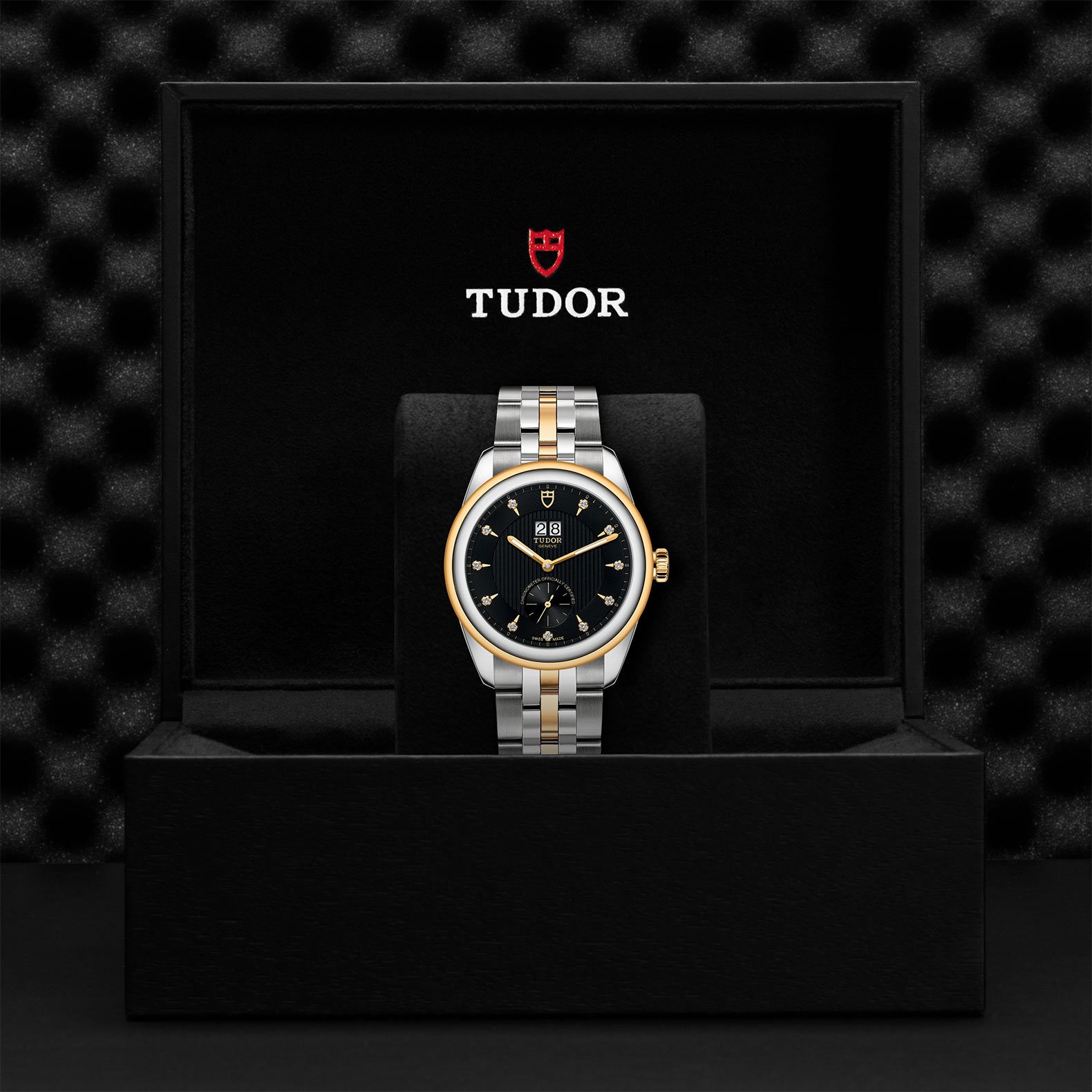 TUDOR Glamour Double Date M57103 0004 Presentation