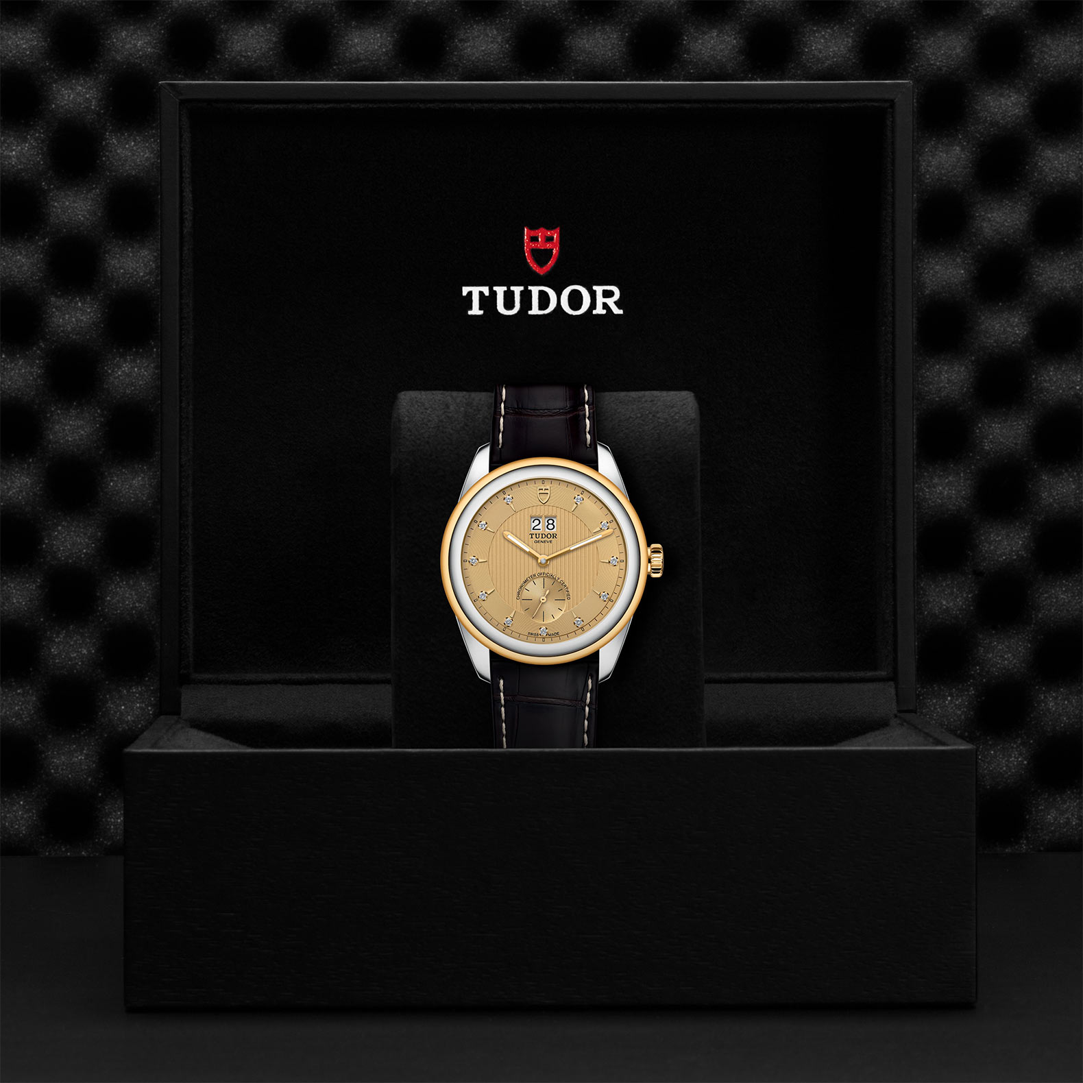 TUDOR Glamour Double Date M57103 0024 Presentation