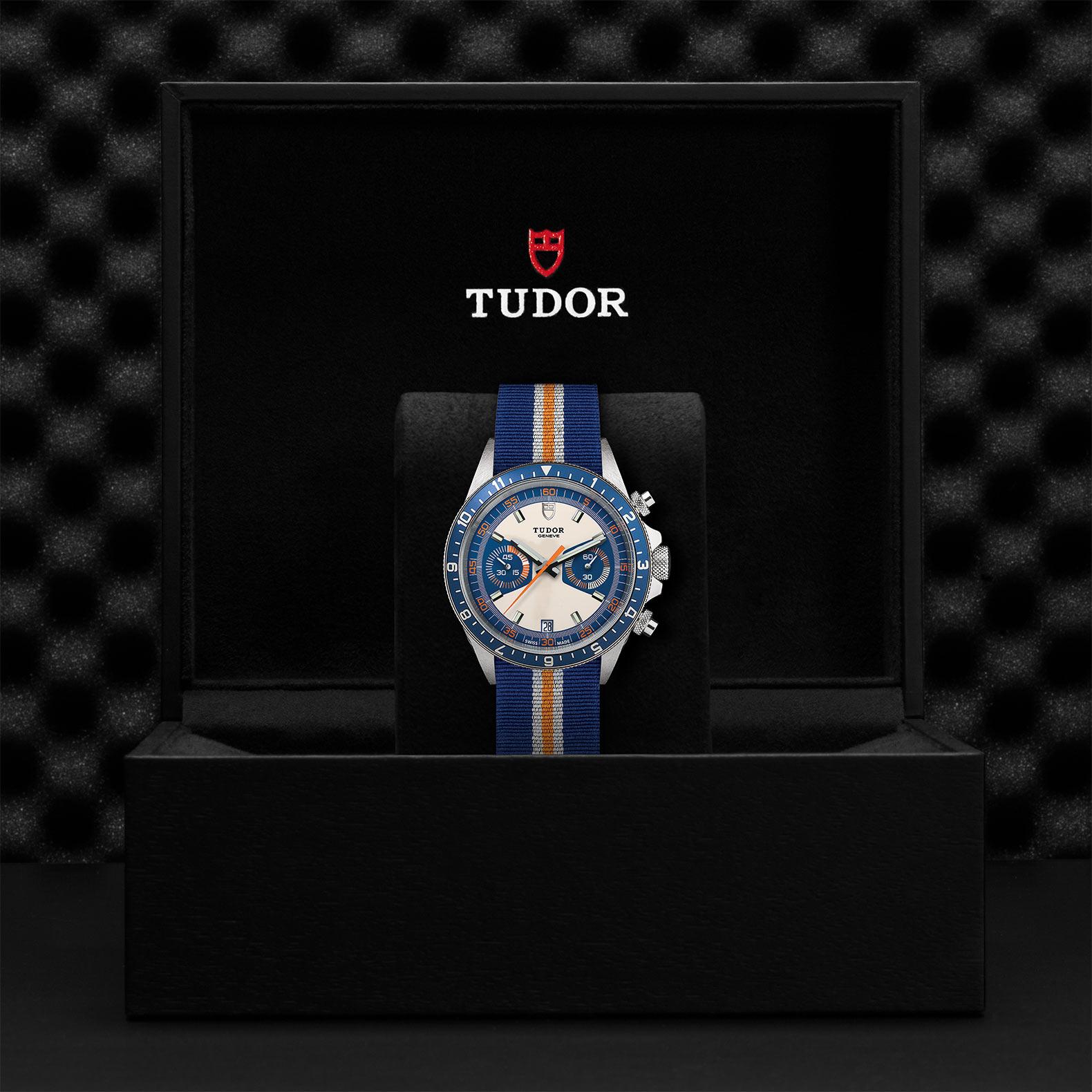 TUDOR Heritage Chrono Blue M70330B 0003 Presentation