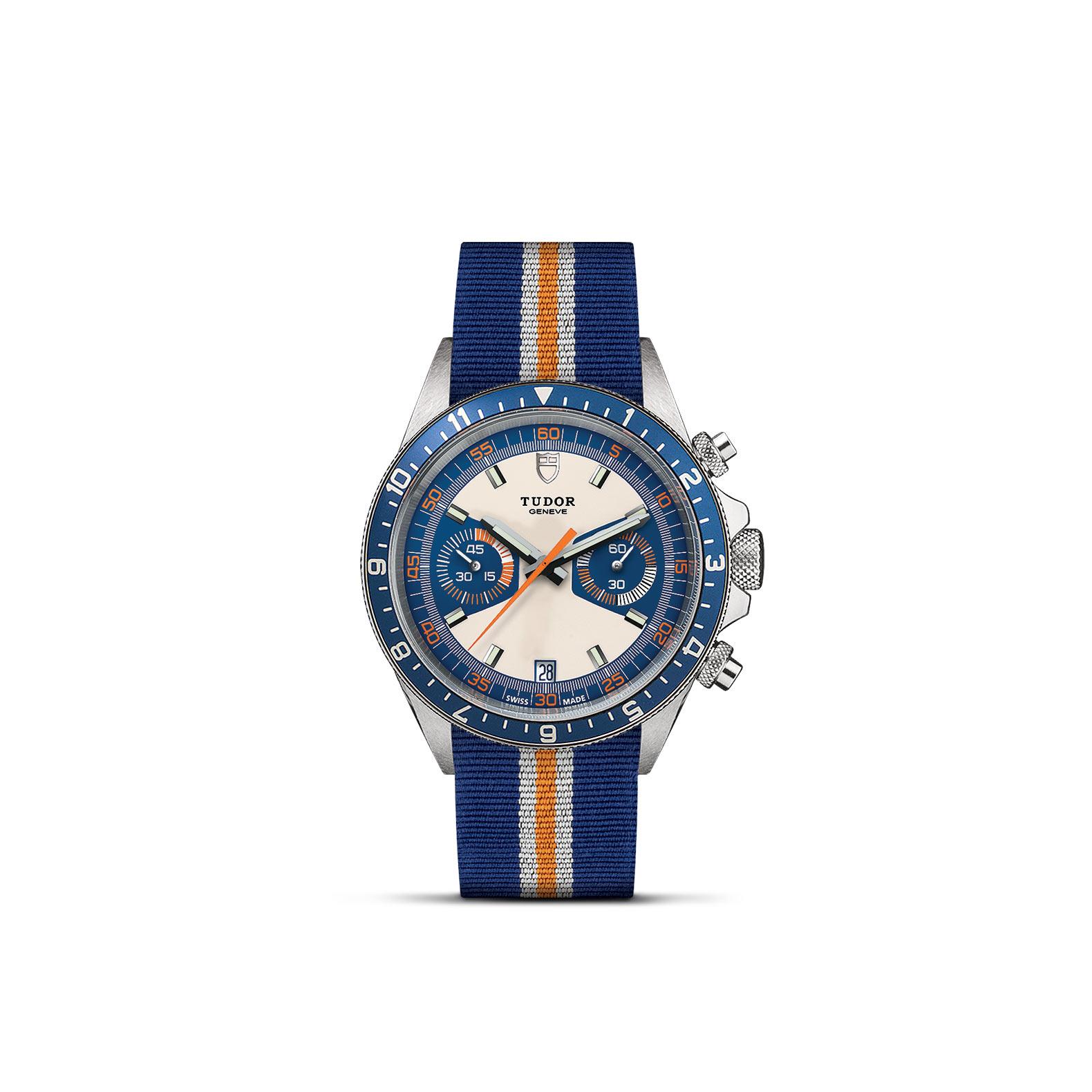 TUDOR Heritage Chrono Blue M70330B 0003 Upright