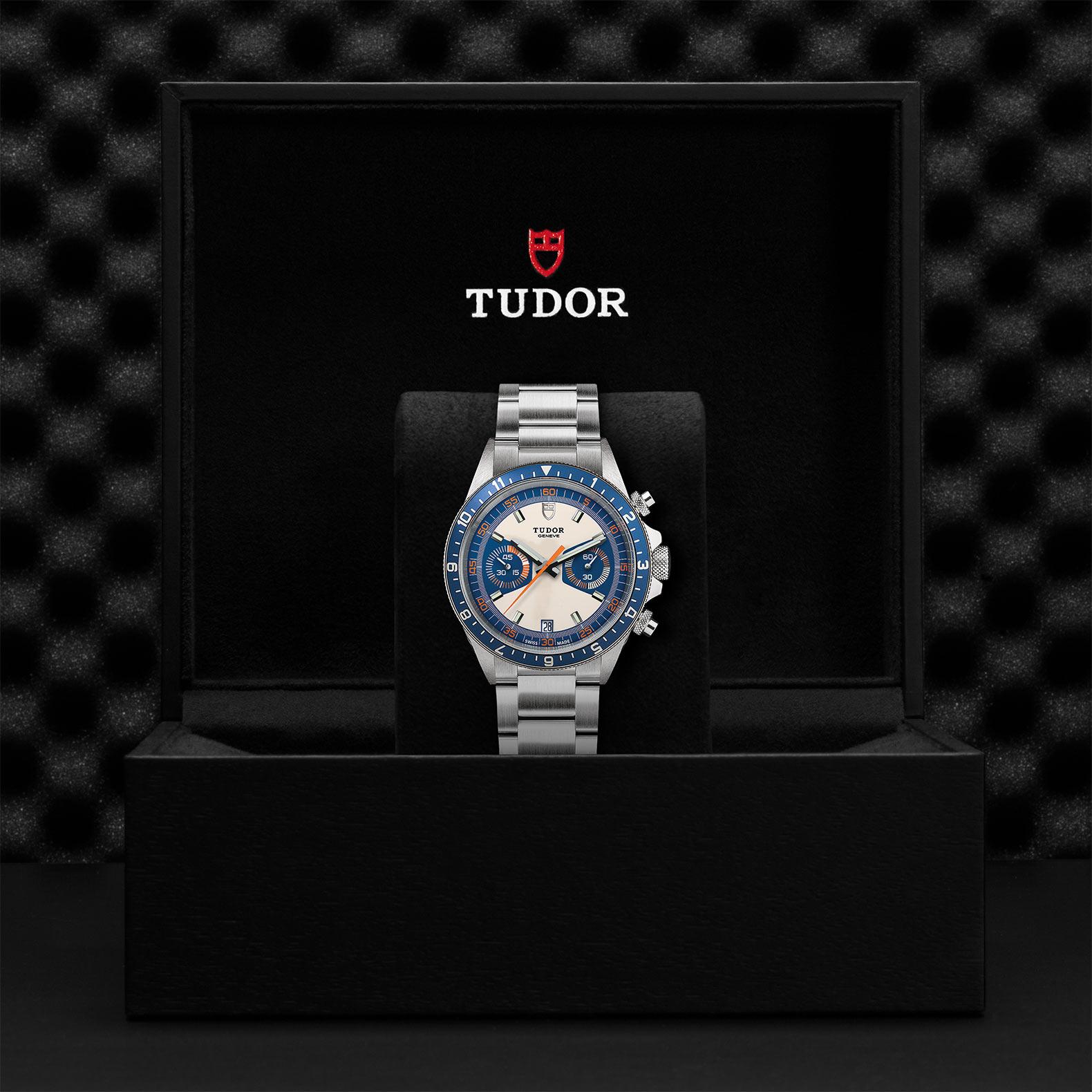 TUDOR Heritage Chrono Blue M70330B 0004 Presentation