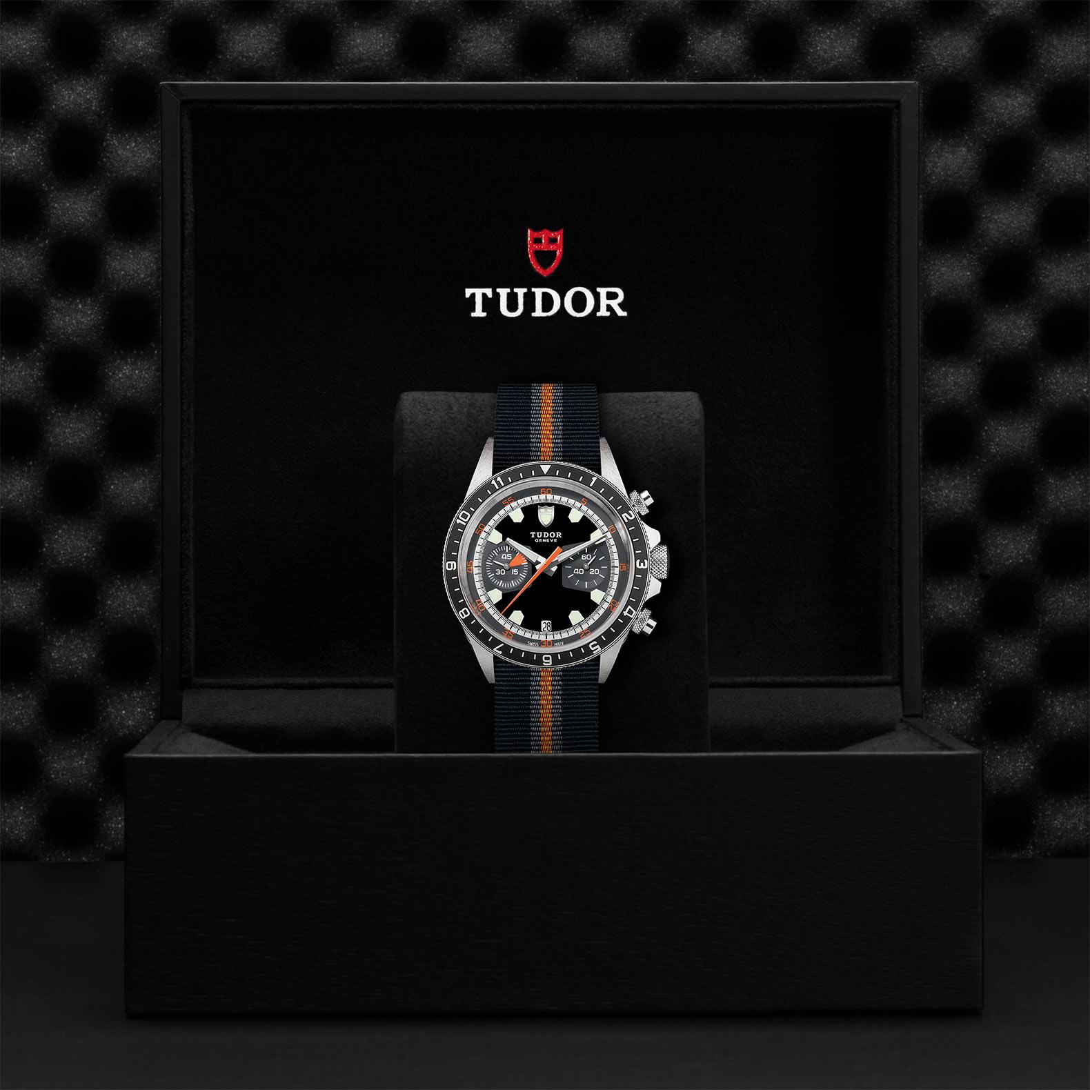 TUDOR Heritage Chrono M70330N 0003 Presentation