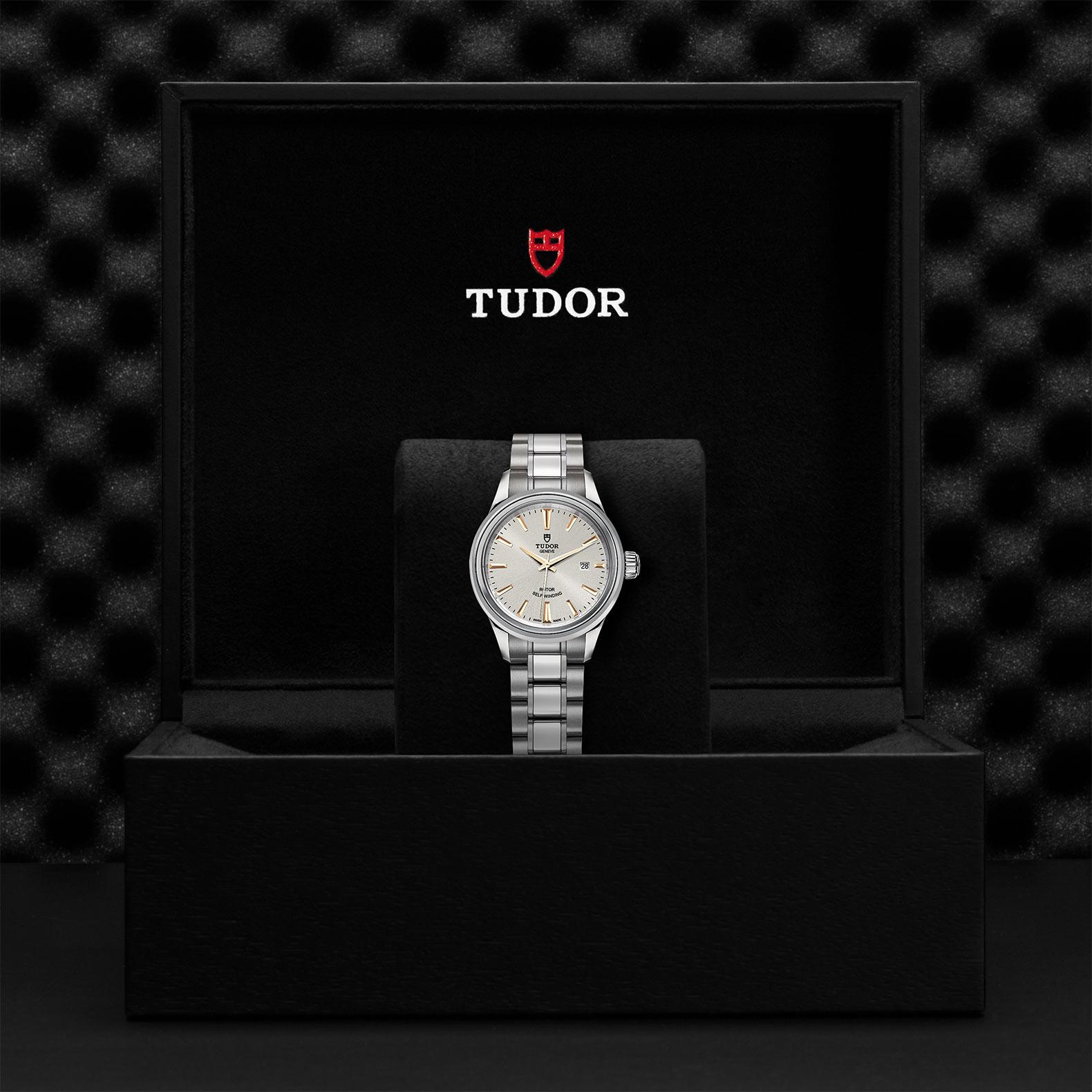 TUDOR Style M12100 0017 Presentationbox