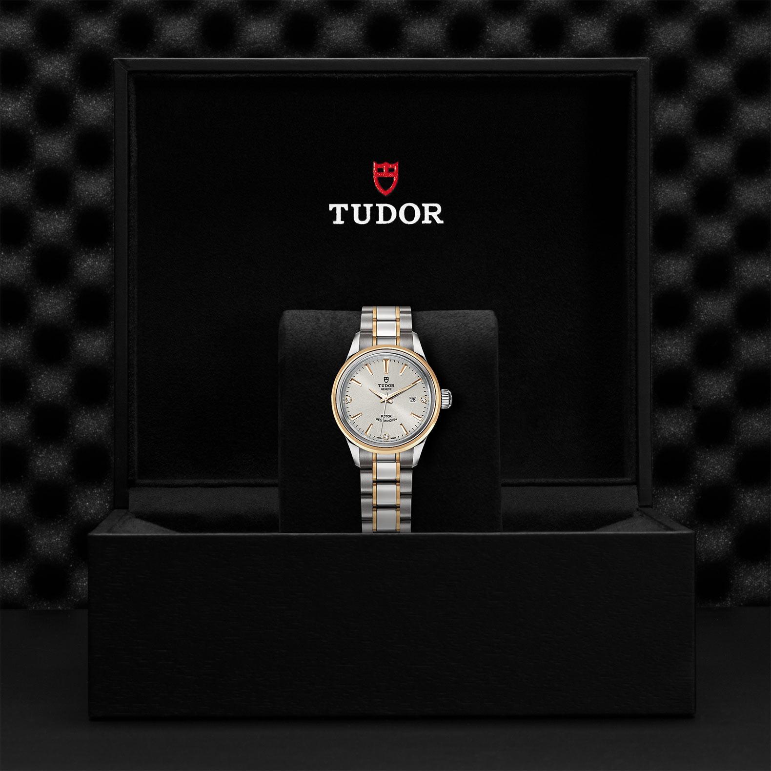 TUDOR Style M12103 0005 Presentationbox