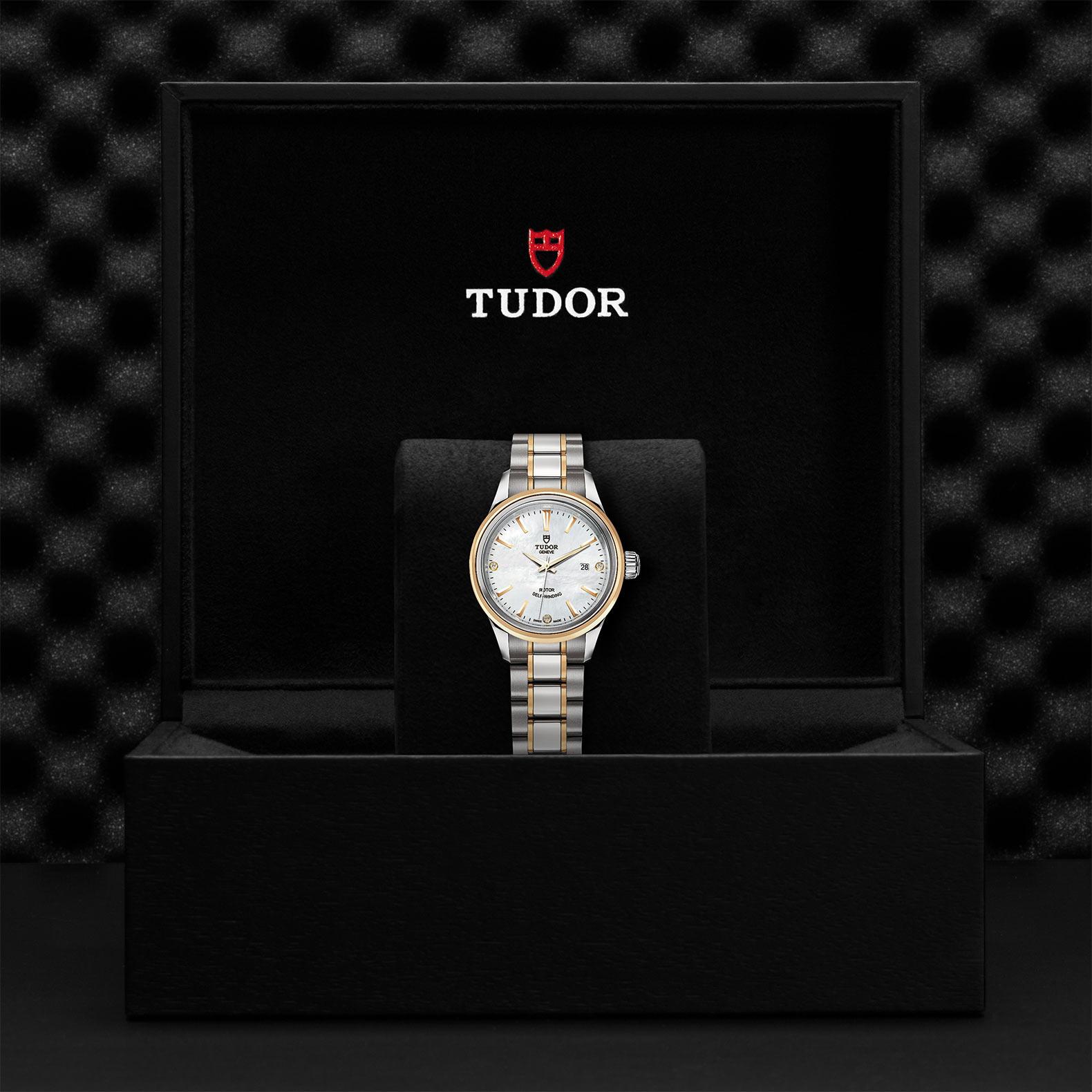 TUDOR Style M12103 0017 Presentationbox