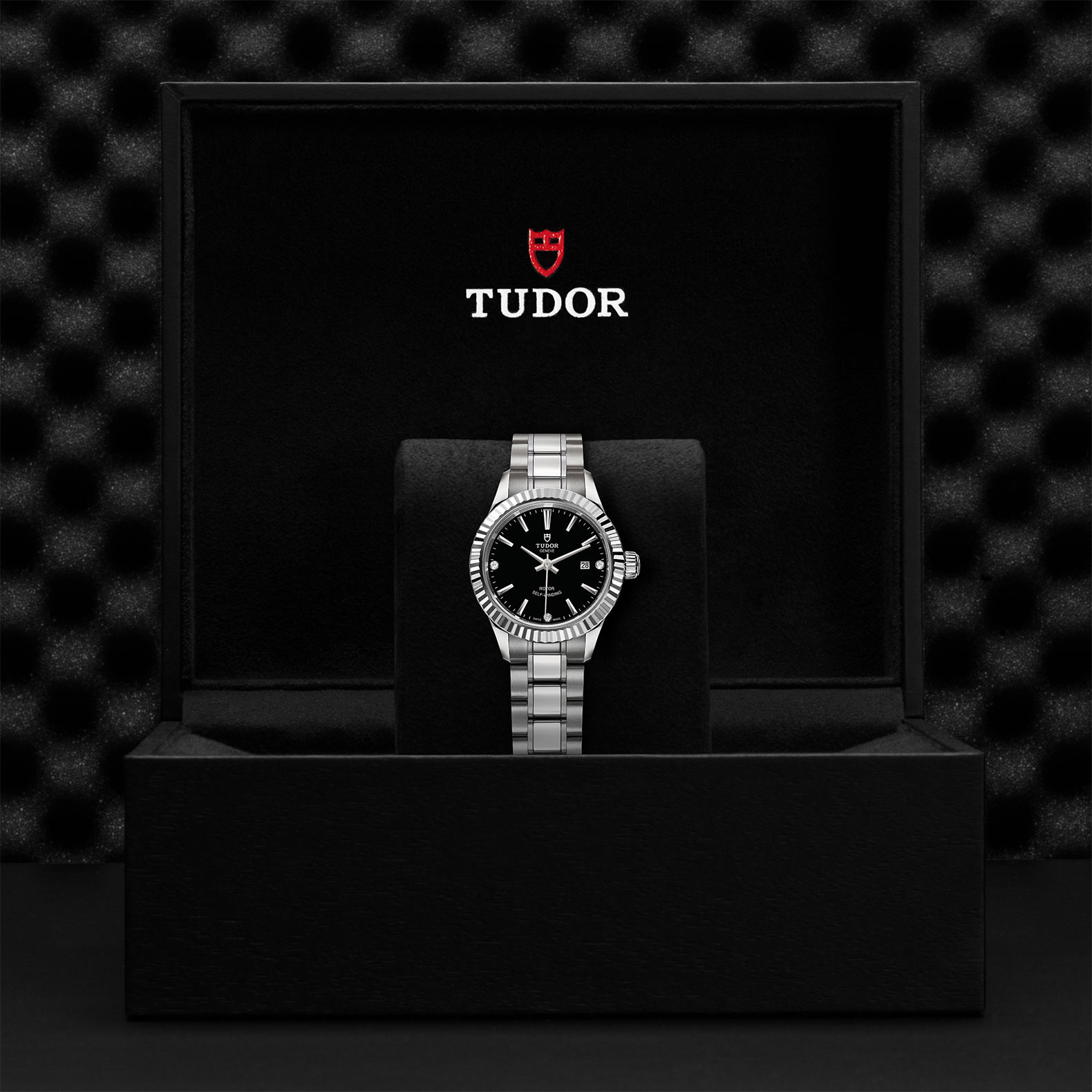 TUDOR Style M12110 0009 Presentation
