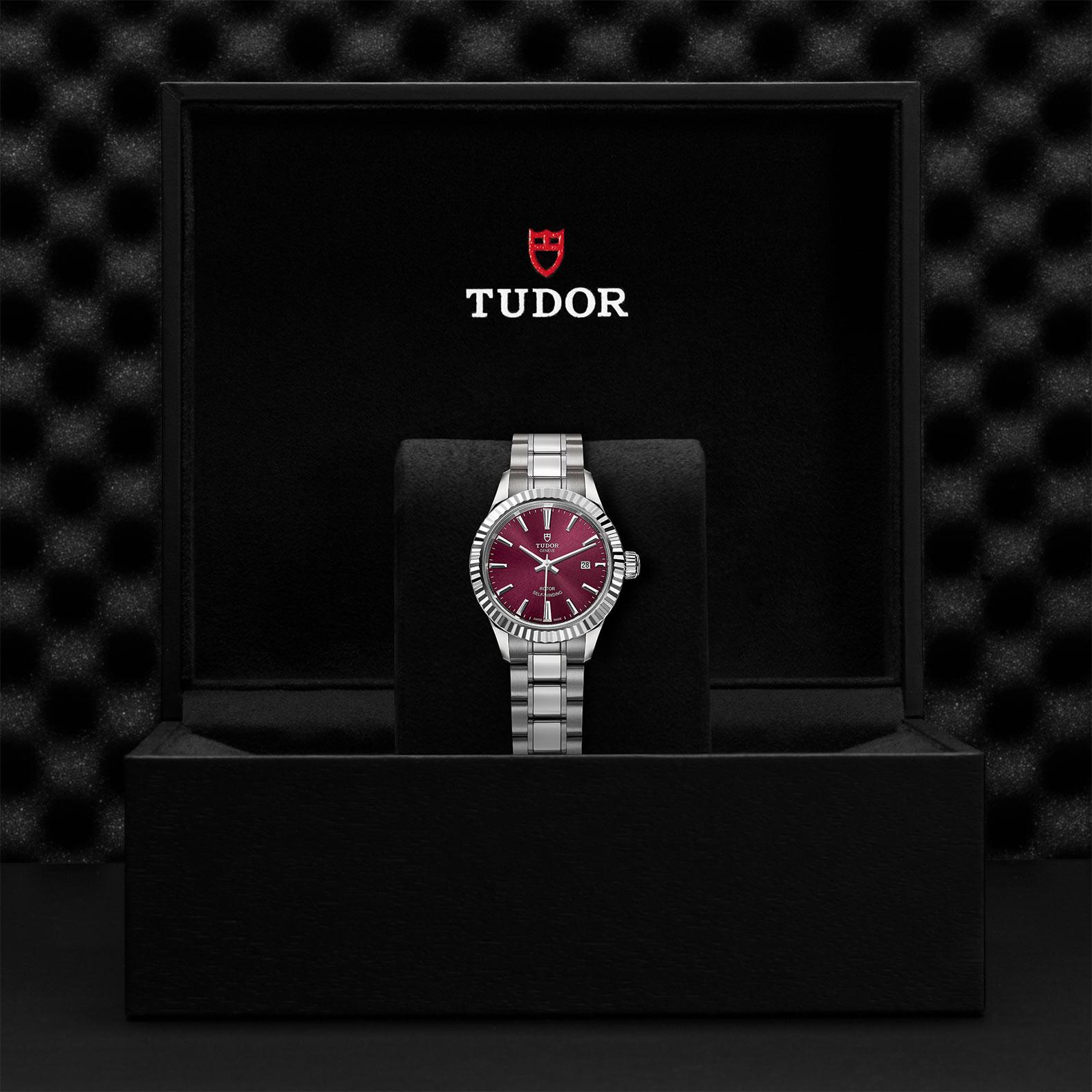 TUDOR Style M12110 0015 Presentationbox