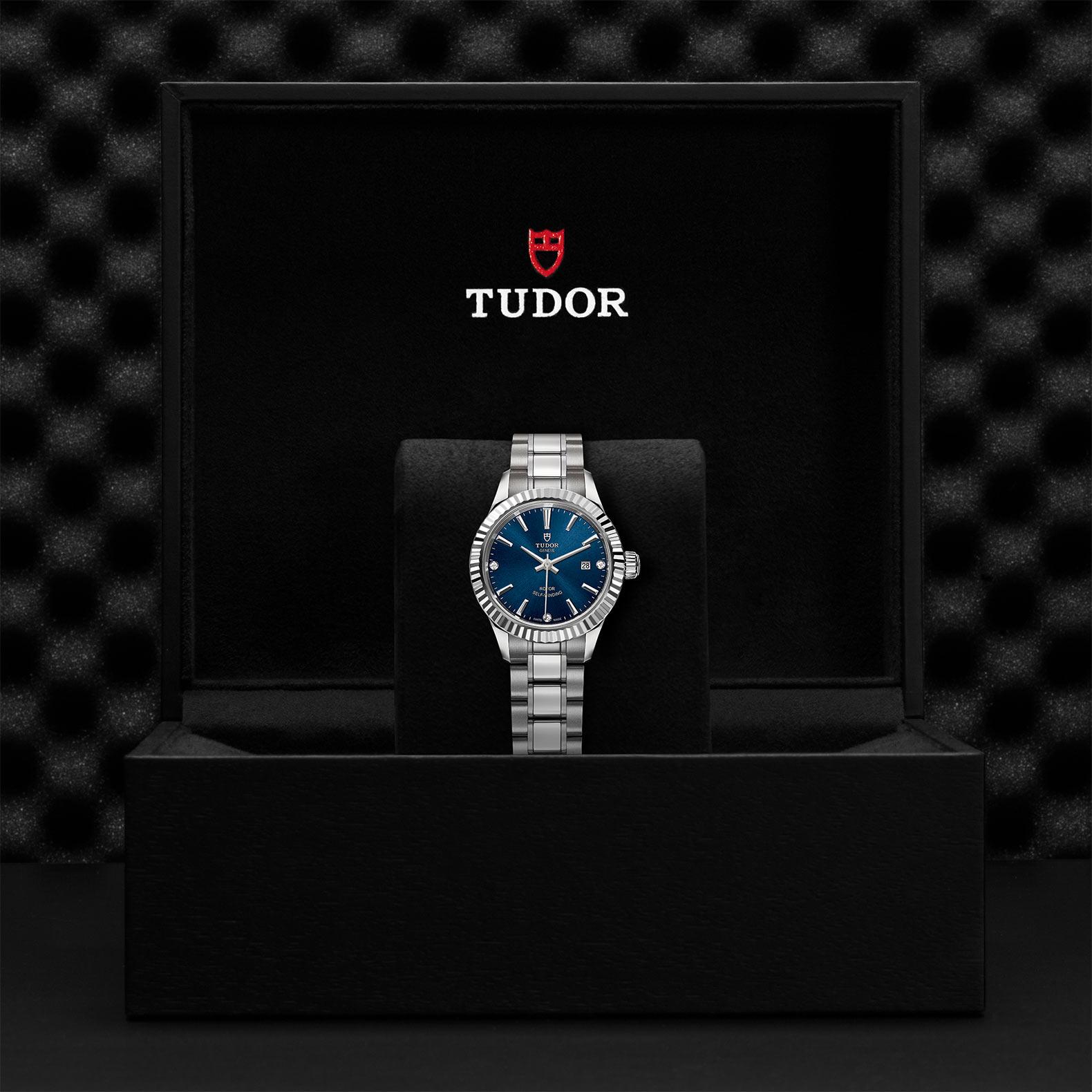 TUDOR Style M12110 0017 Presentation