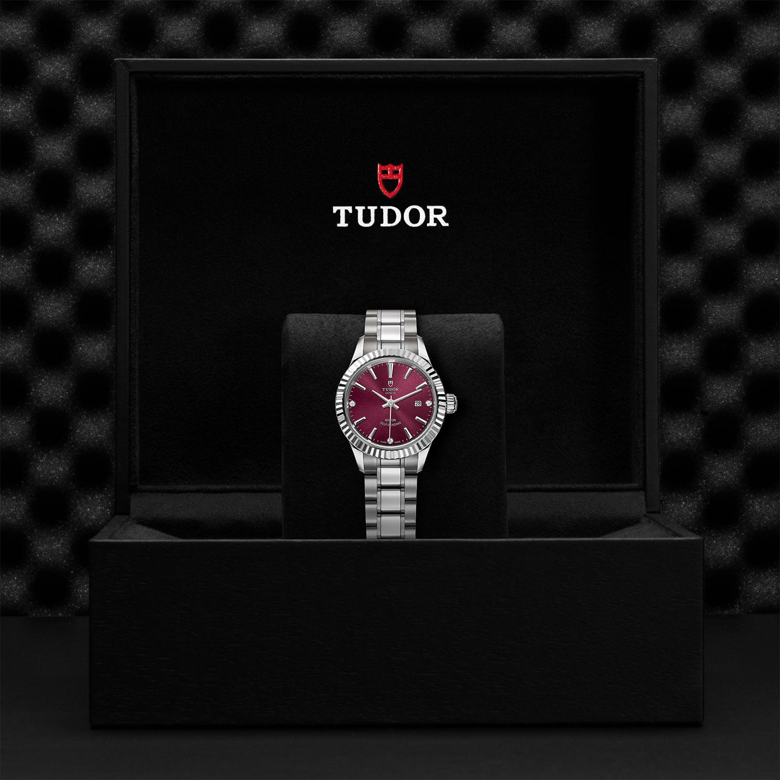 TUDOR Style M12110 0019 Presentation