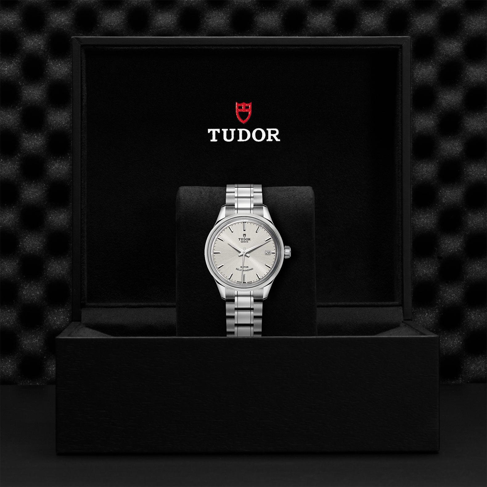 TUDOR Style M12300 0001 Presentationbox