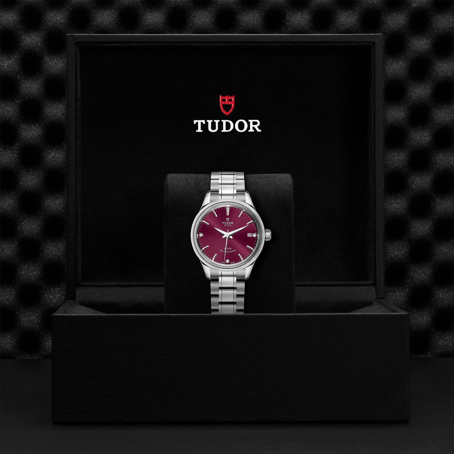 TUDOR Style M12300 0014 Presentationbox