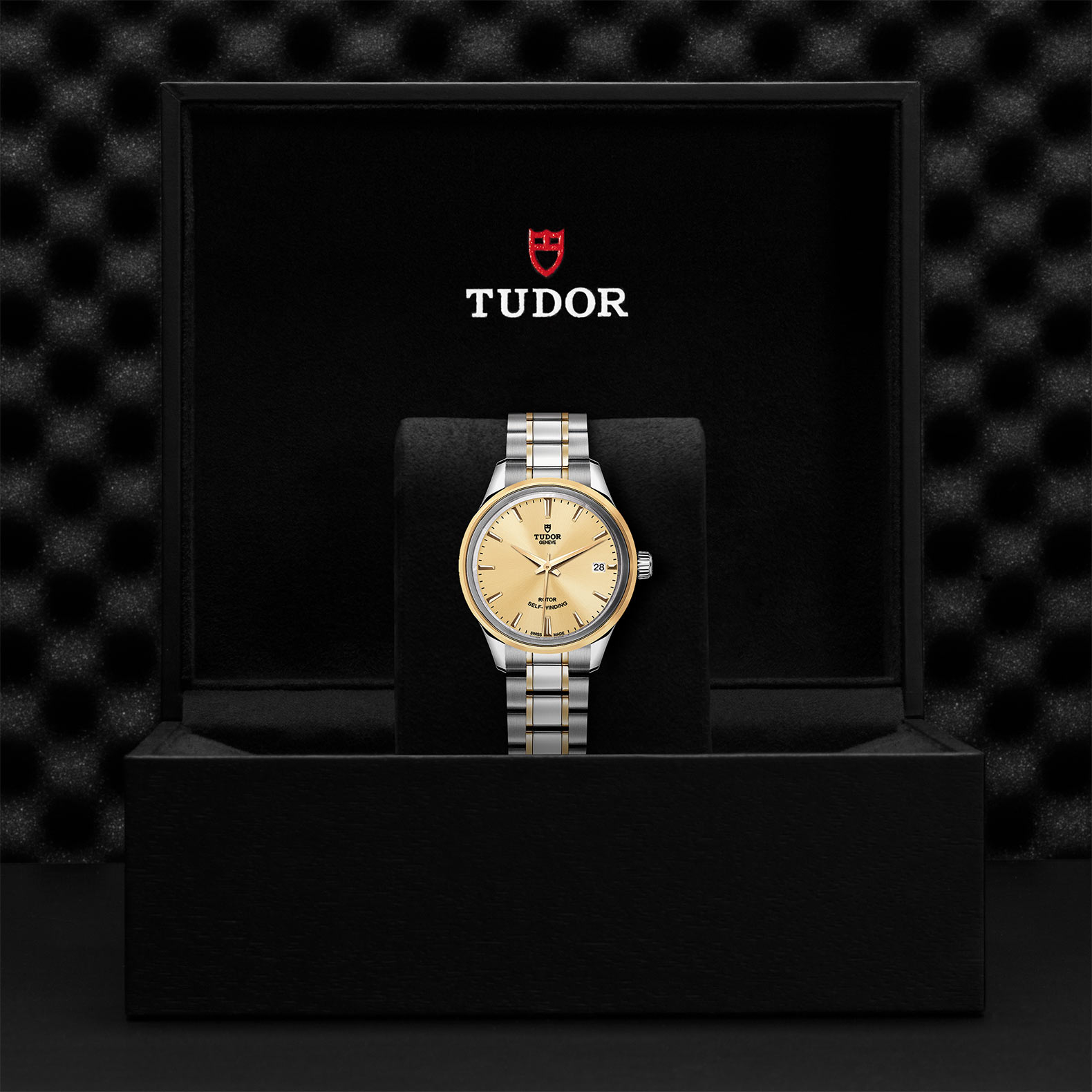 TUDOR Style M12303 0001 Presentationbox
