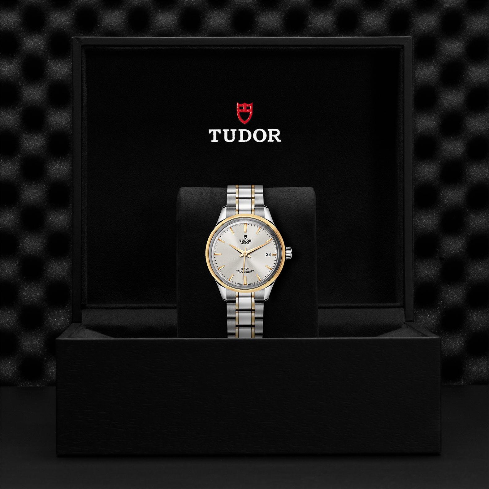 TUDOR Style M12303 0002 Presentationbox