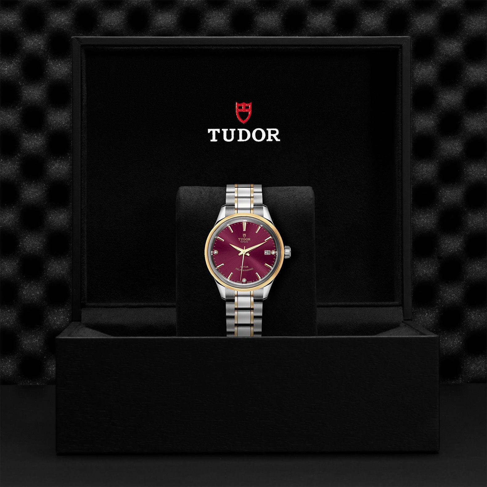 TUDOR Style M12303 0015 Presentationbox