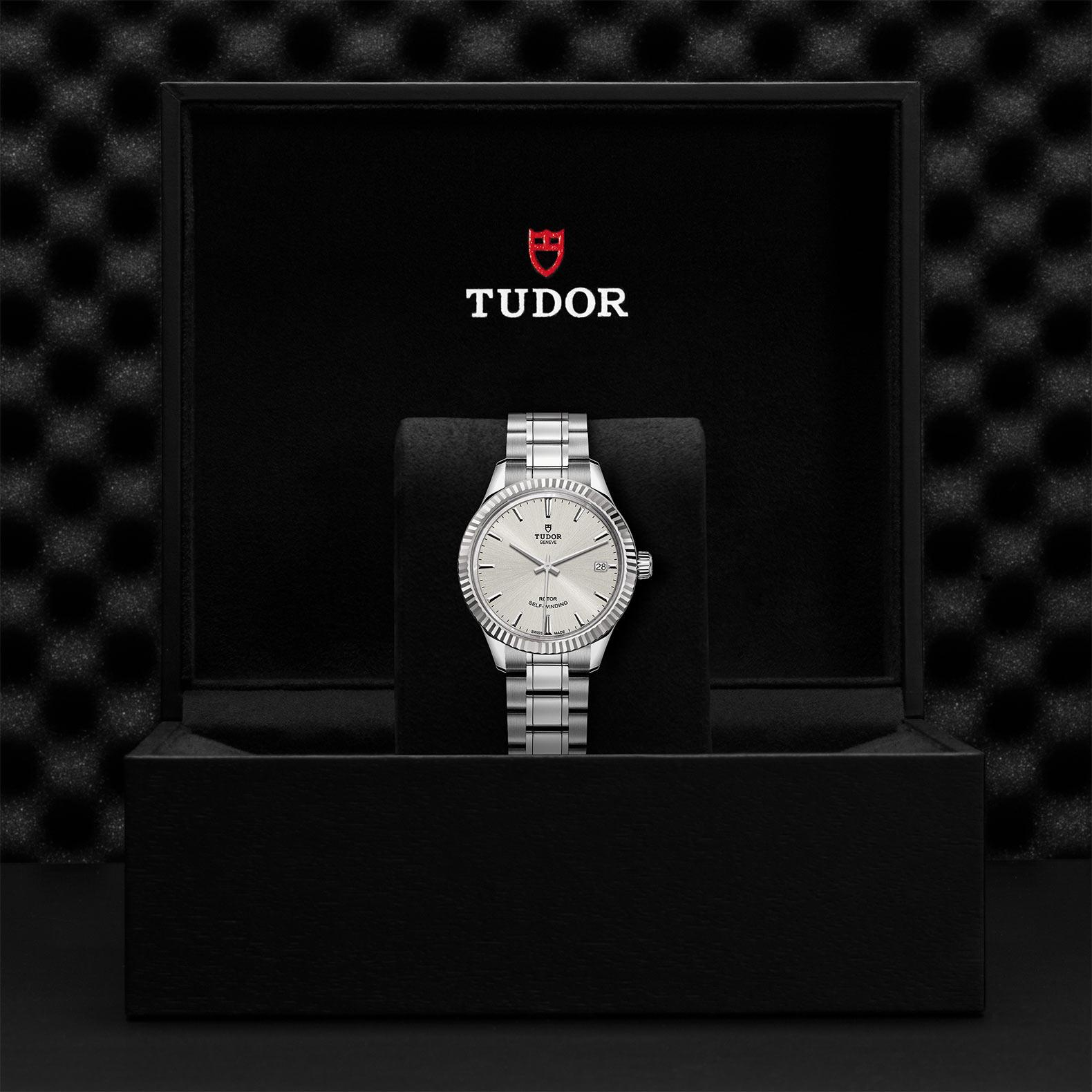 TUDOR Style M12310 0001 Presentationbox