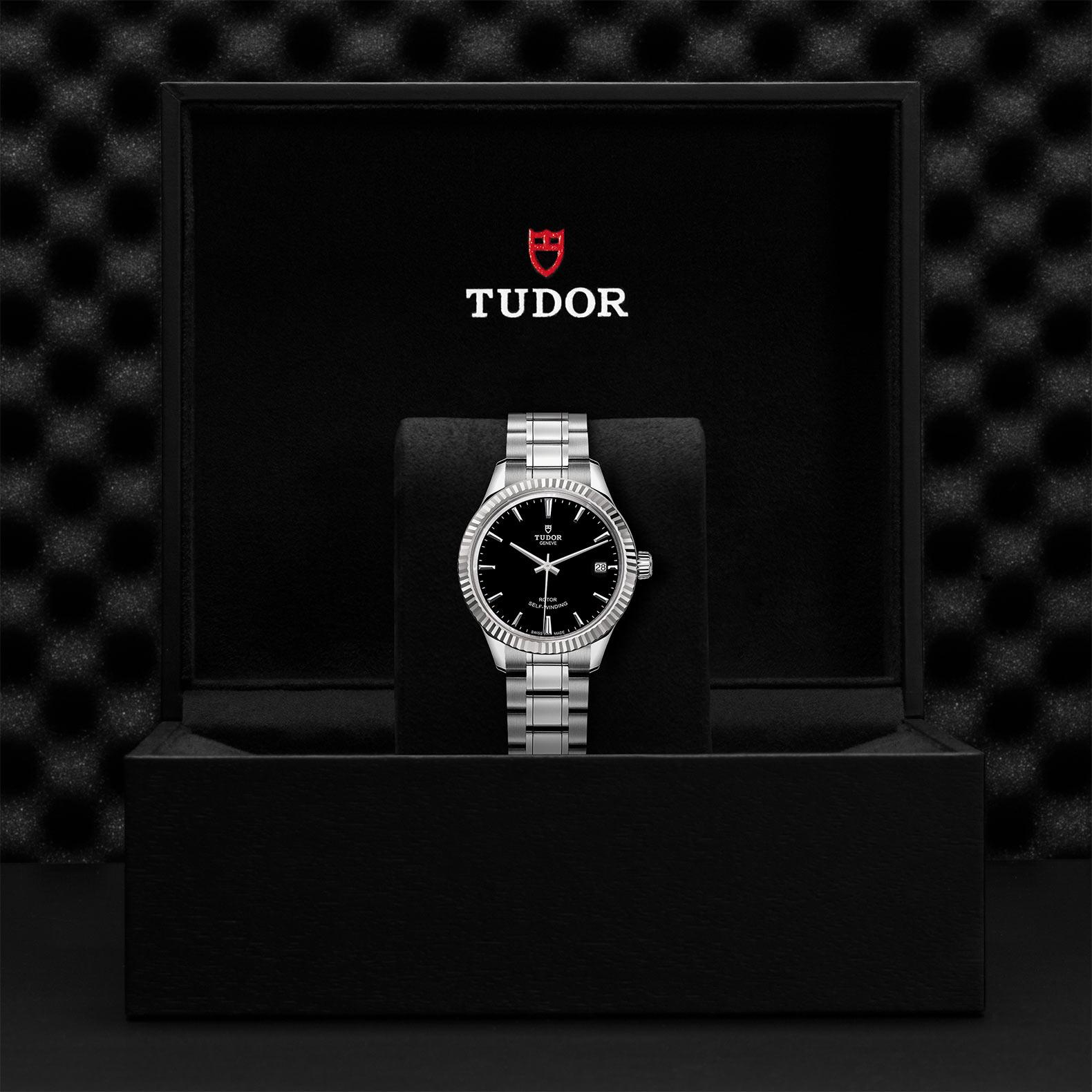 TUDOR Style M12310 0003 Presentationbox