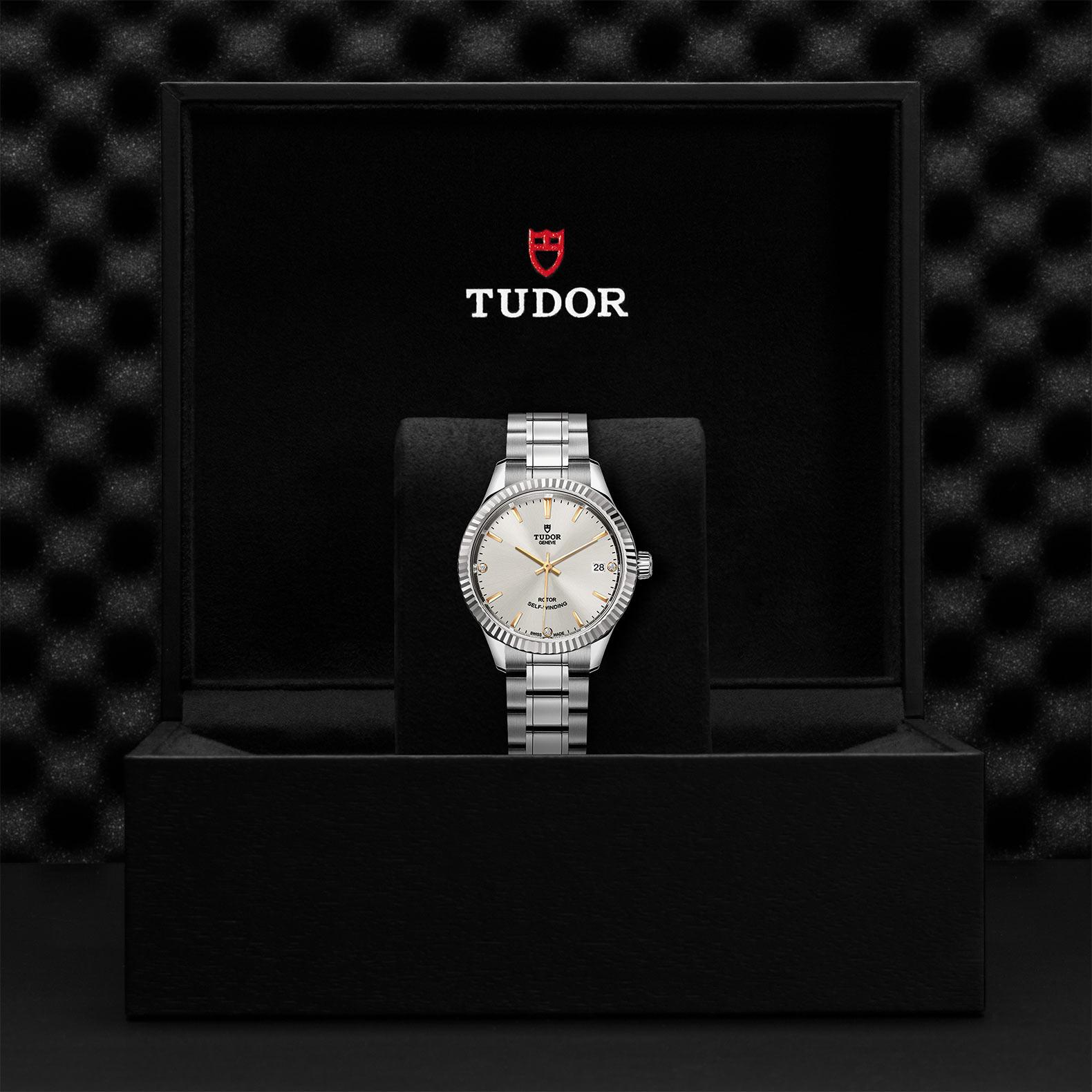 TUDOR Style M12310 0011 Presentationbox