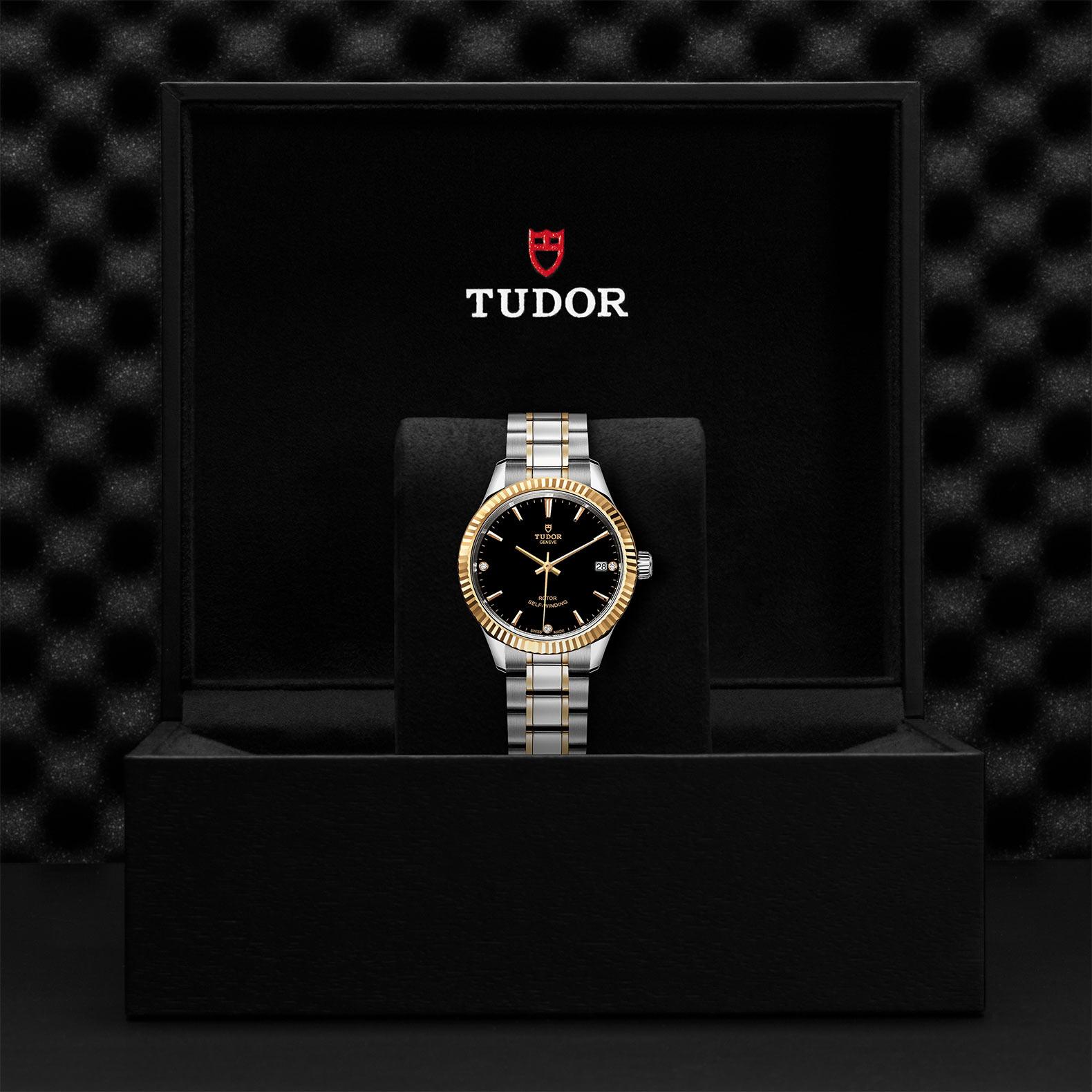 TUDOR Style M12313 0011 Presentationbox
