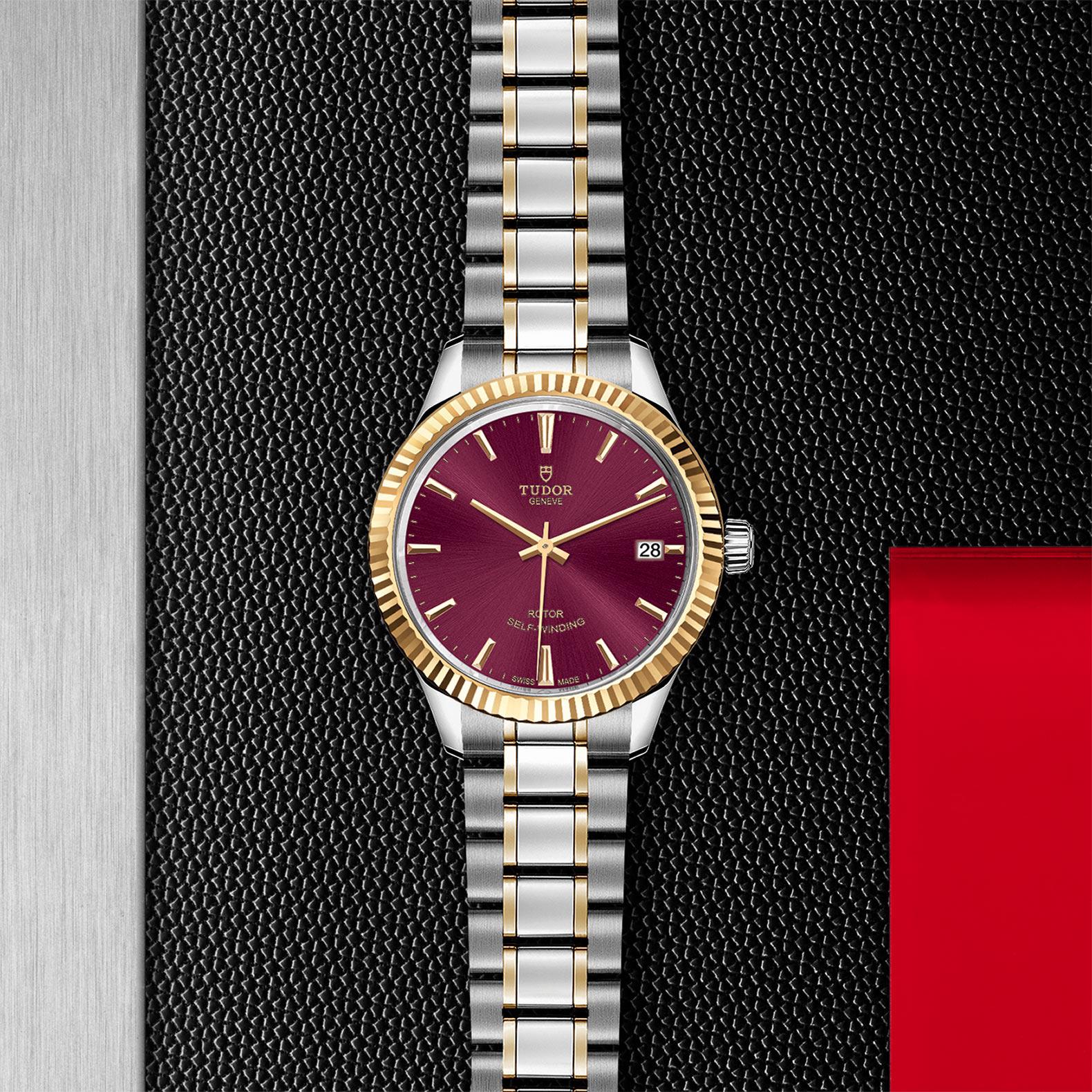 TUDOR Style M12313 0013 Flatlay