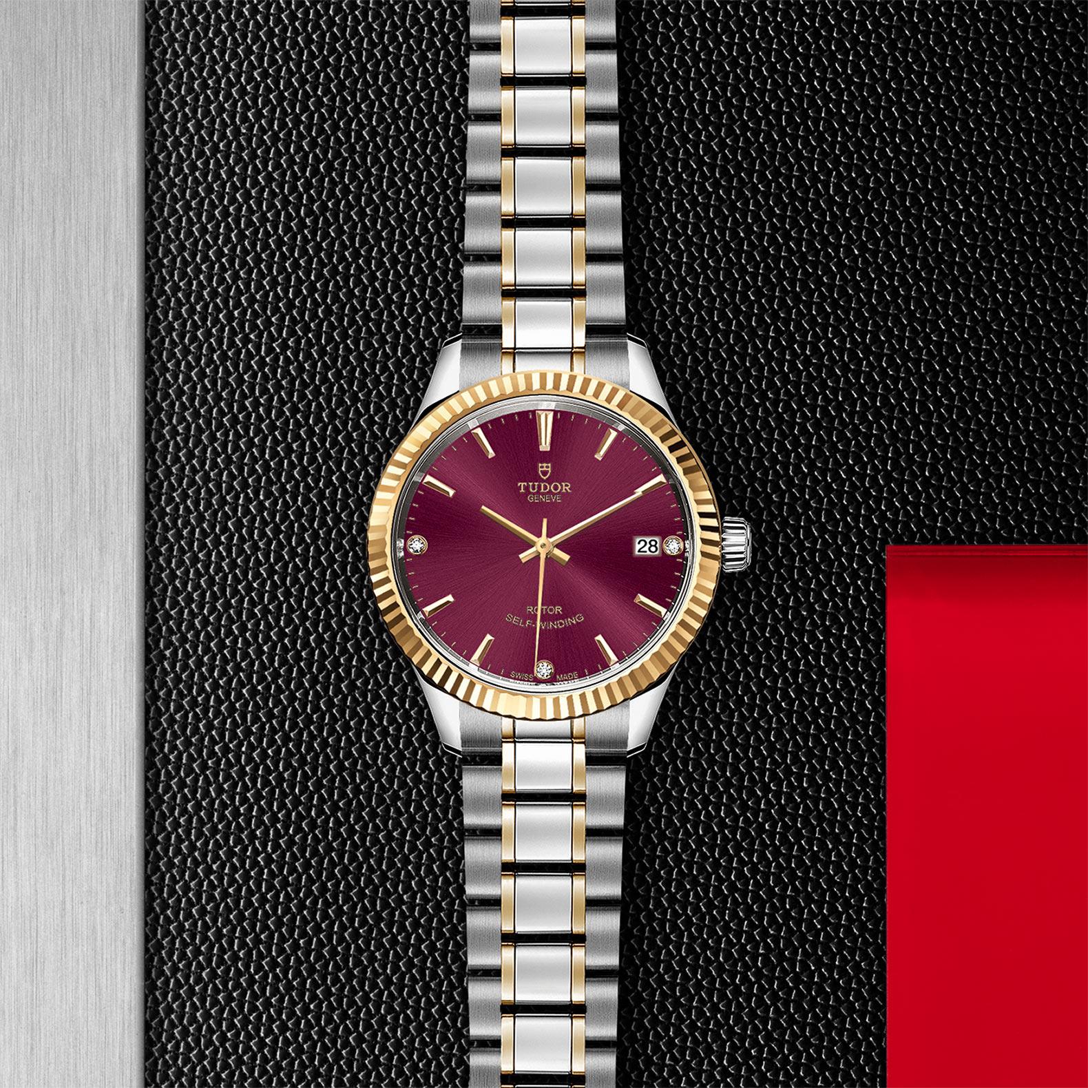 TUDOR Style M12313 0015 Flatlay