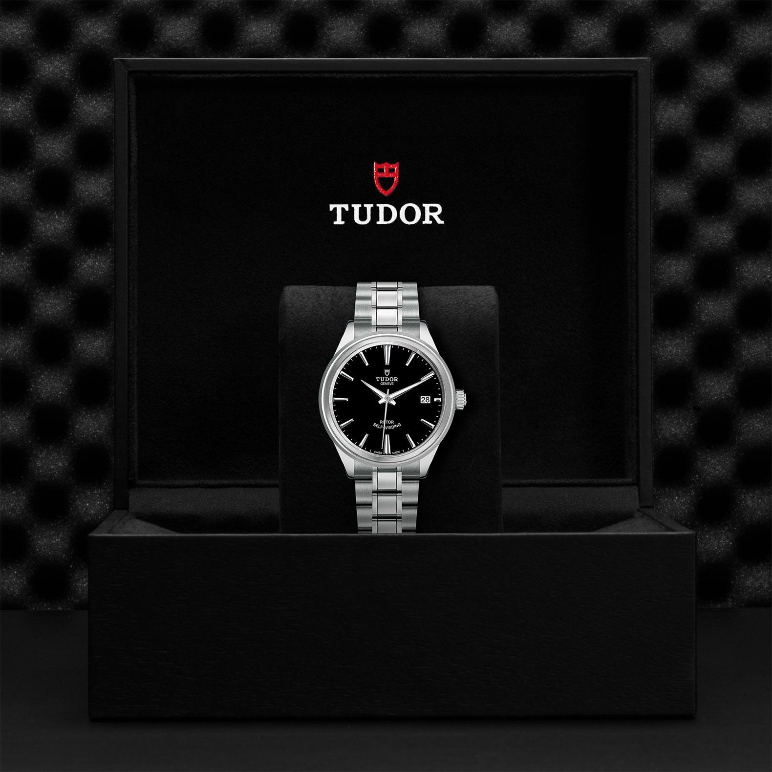 TUDOR Style M12500 0002 Presentationbox