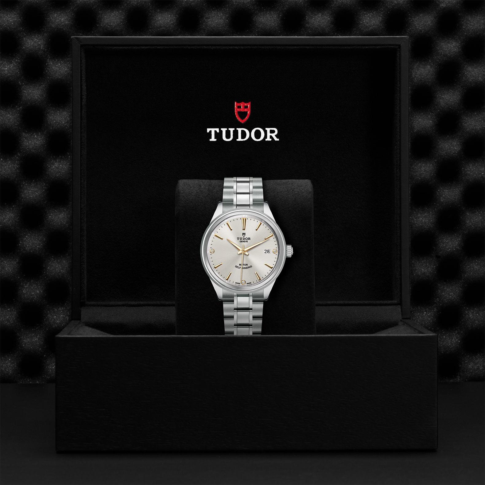 TUDOR Style M12500 0019 Presentationbox