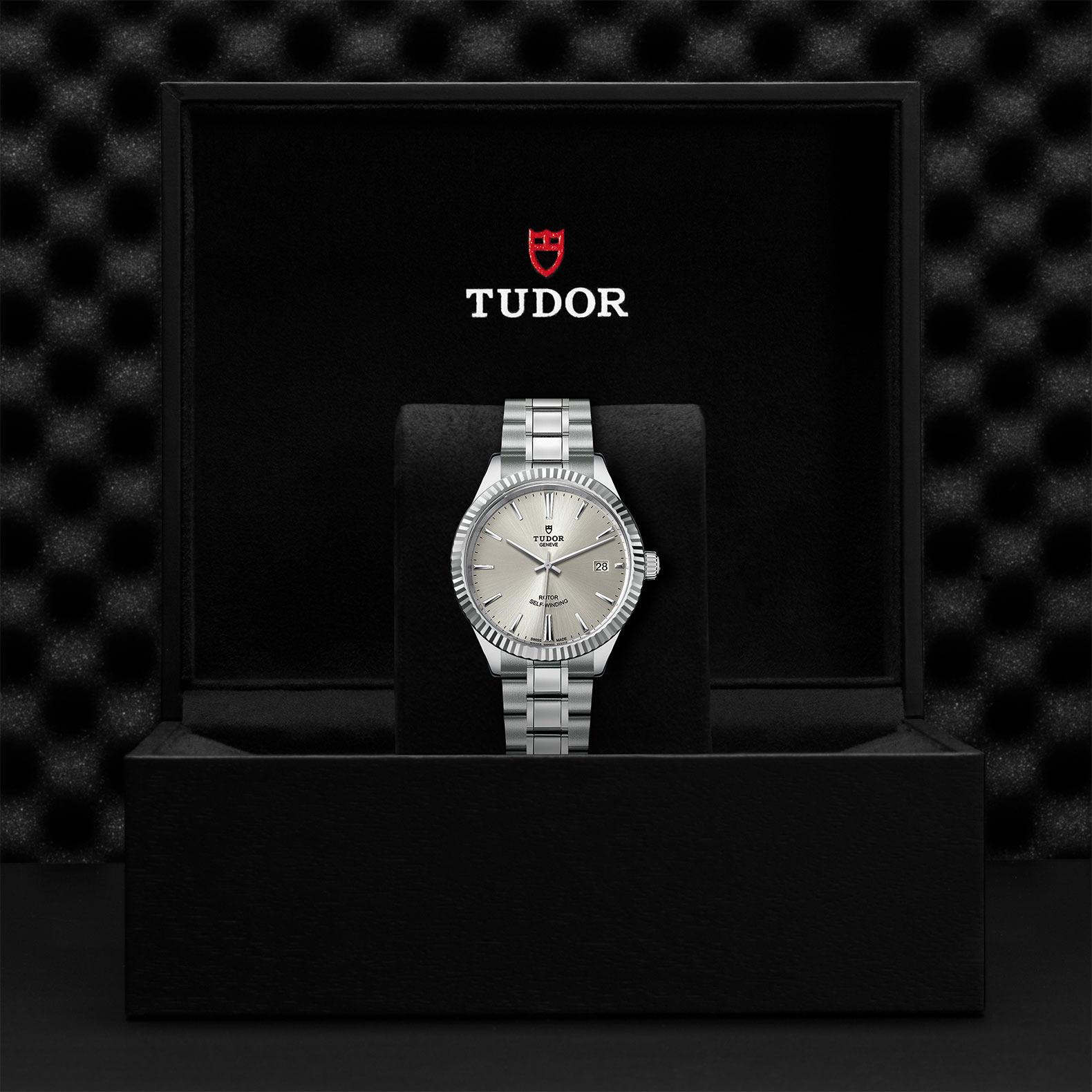 TUDOR Style M12510 0001 Presentationbox