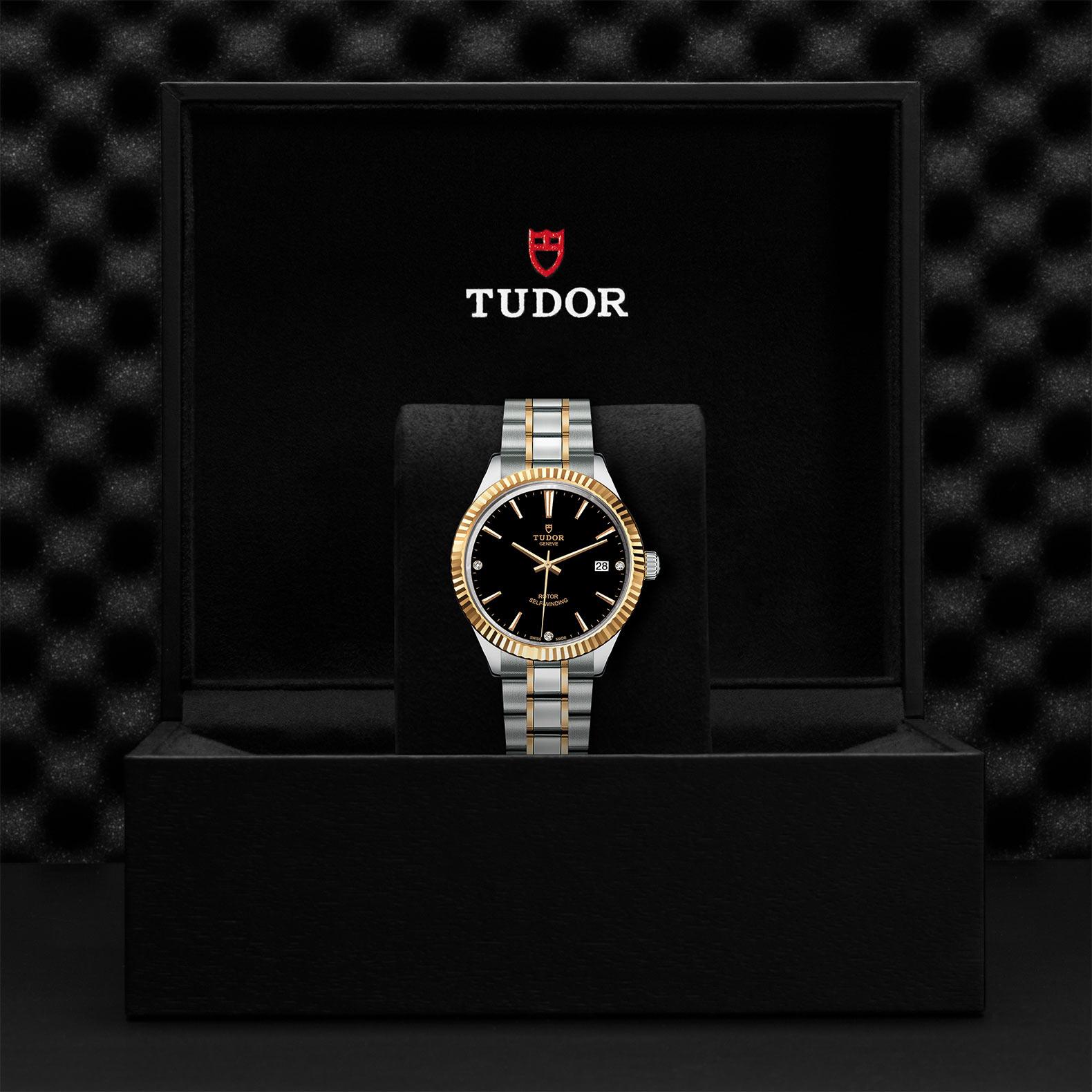 TUDOR Style M12513 0011 Presentationbox