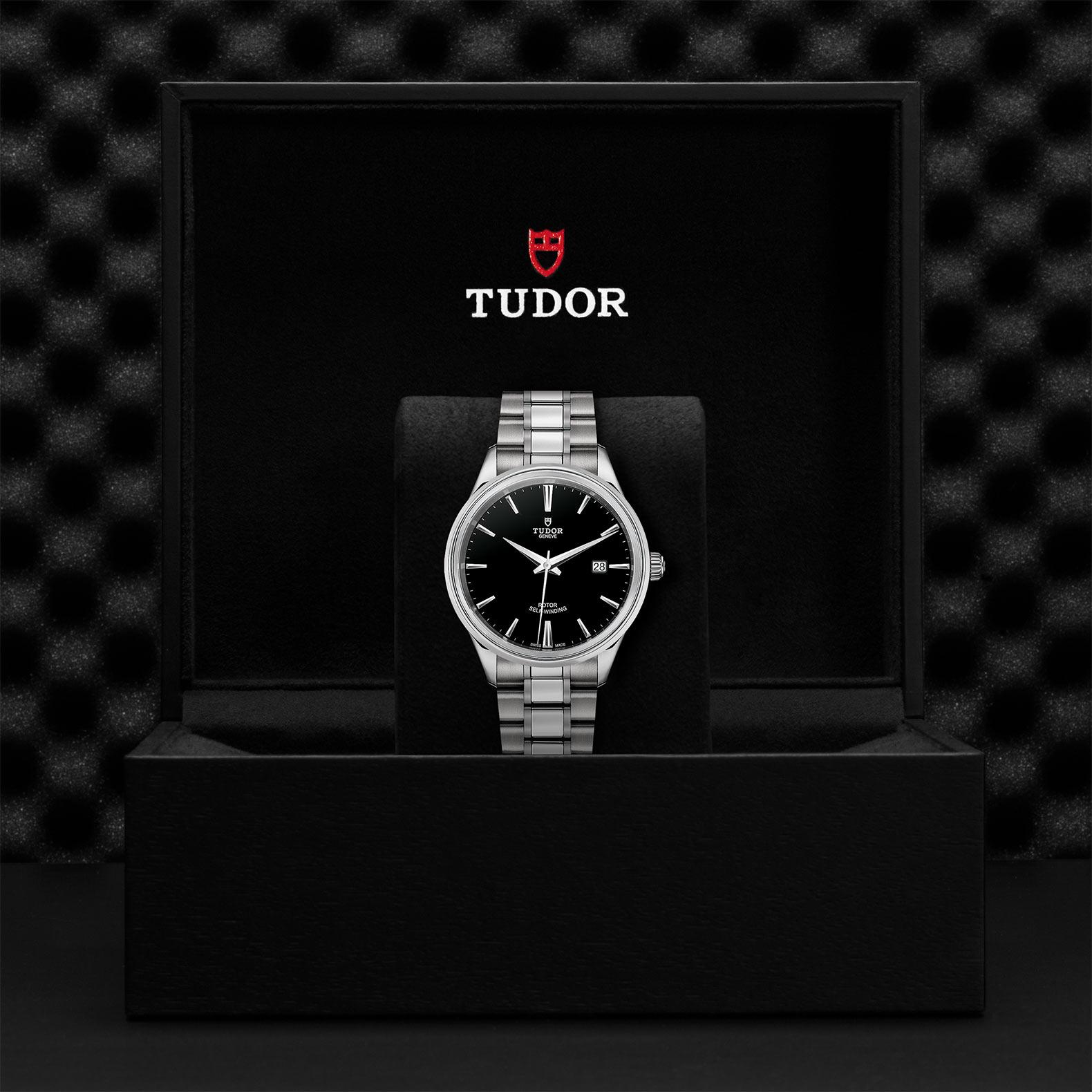TUDOR Style M12700 0002 Presentationbox