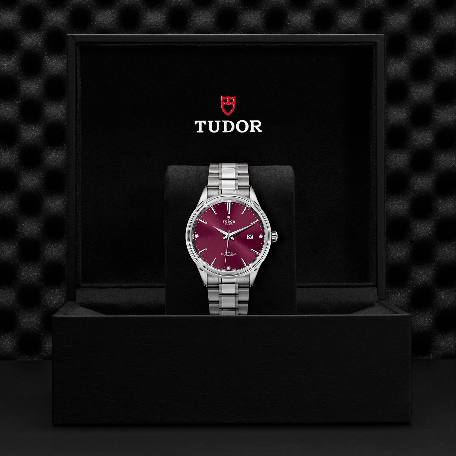 TUDOR Style M12700 0015 Presentationbox