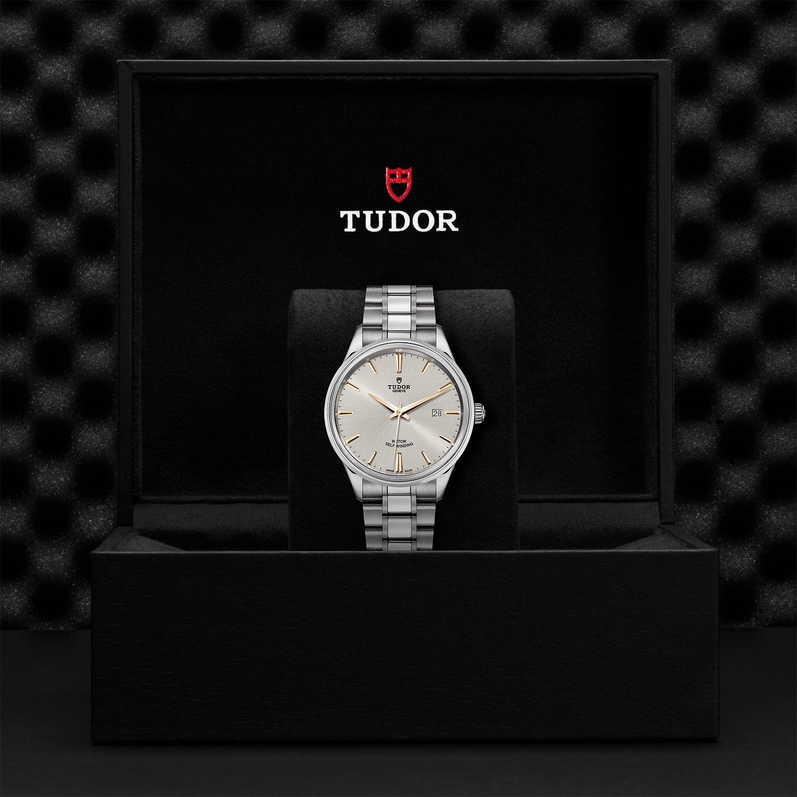 TUDOR Style M12700 0017 Presentationbox