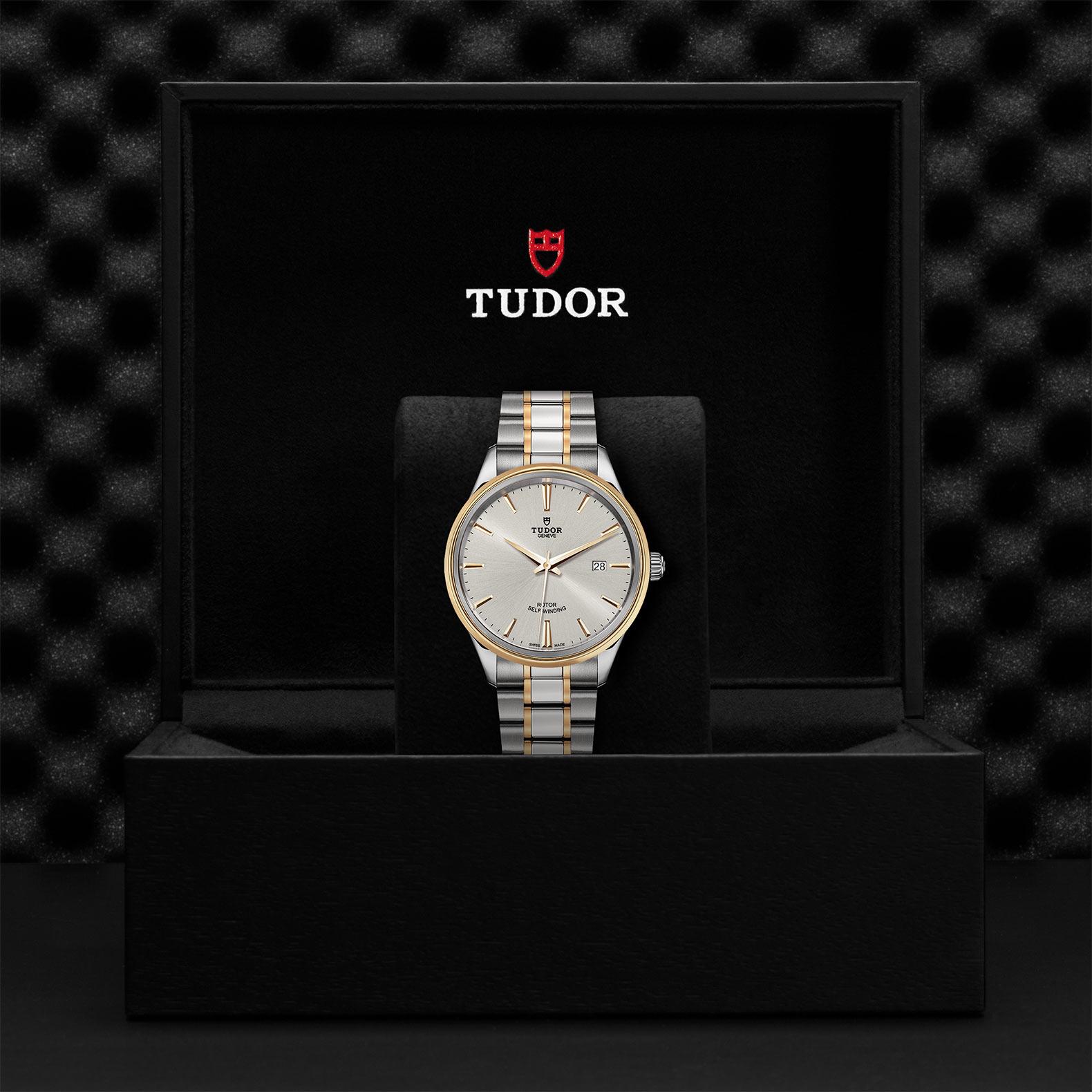 TUDOR Style M12703 0002 Presentationbox