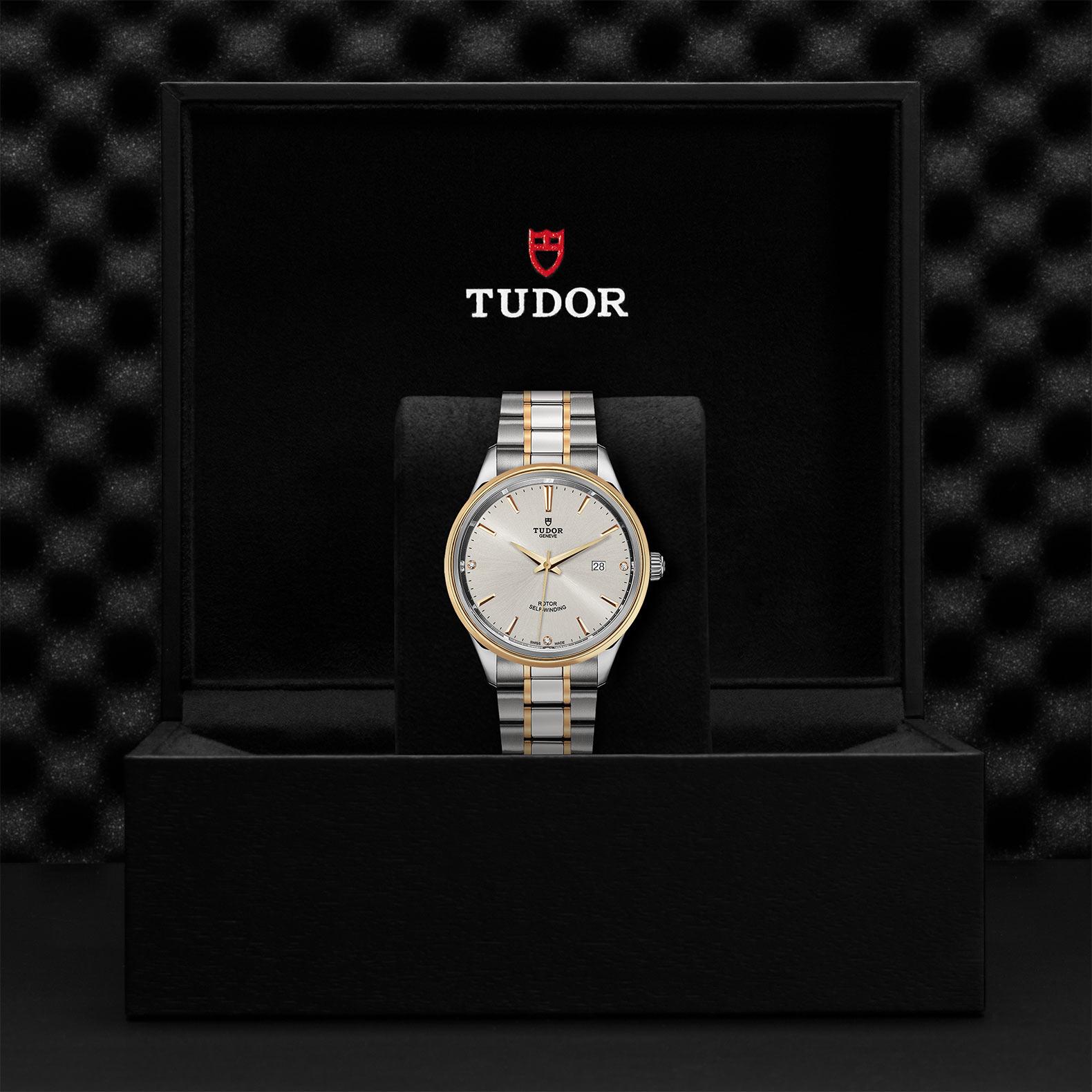TUDOR Style M12703 0005 Presentationbox
