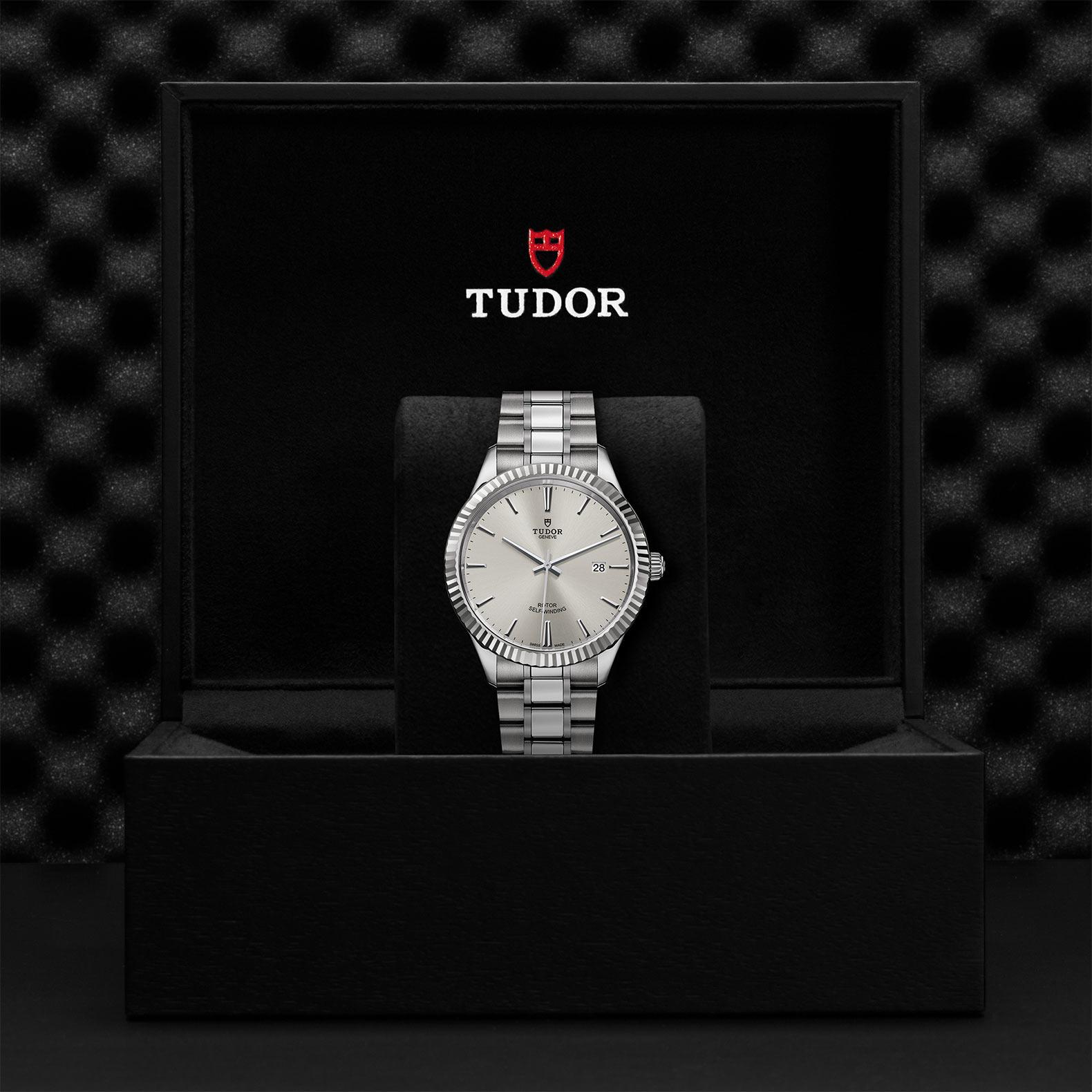 TUDOR Style M12710 0001 Presentationbox