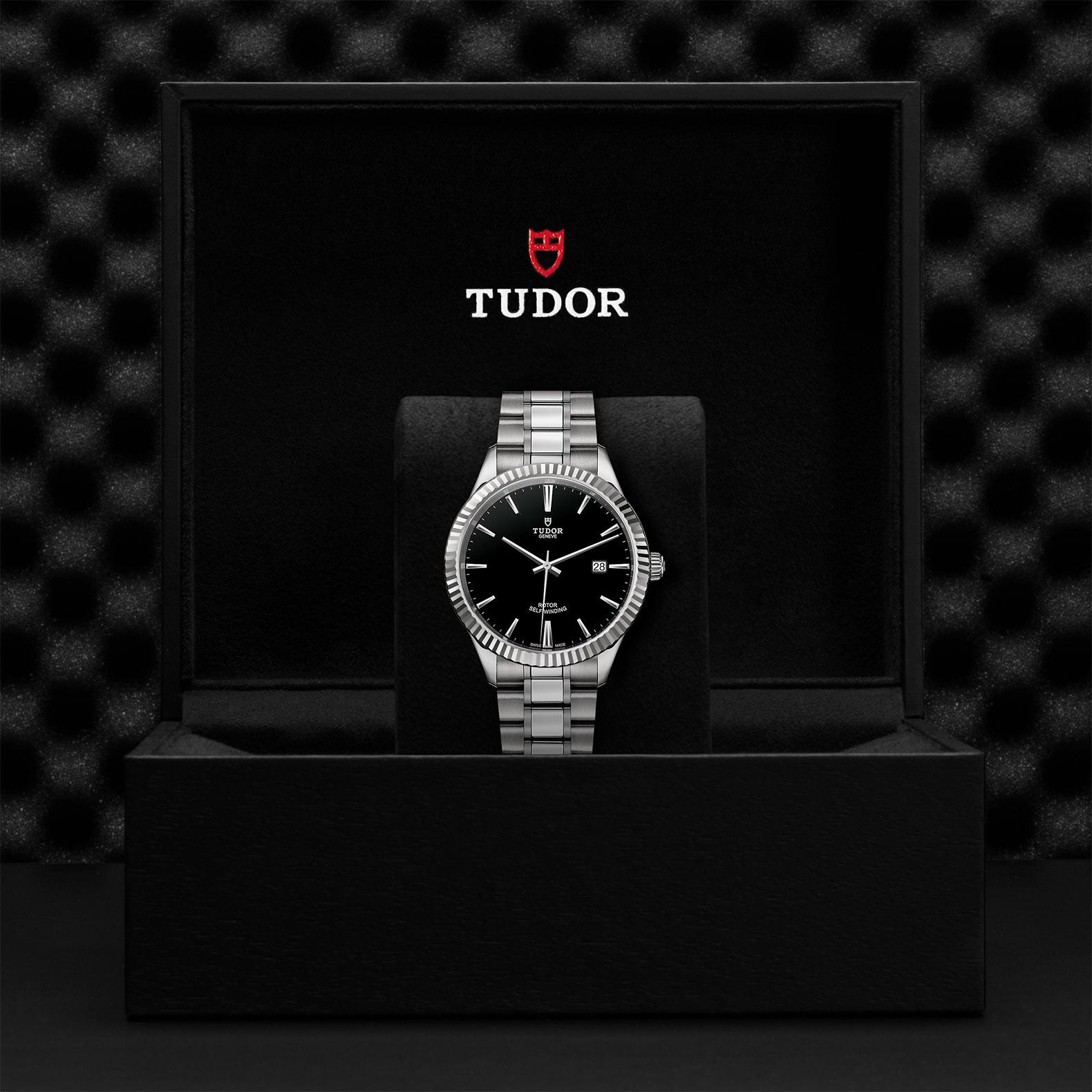 TUDOR Style M12710 0003 Presentationbox
