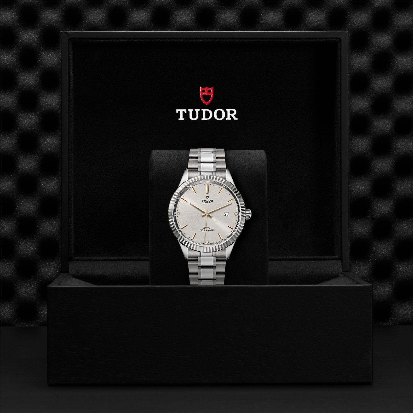 TUDOR Style M12710 0011 Presentationbox