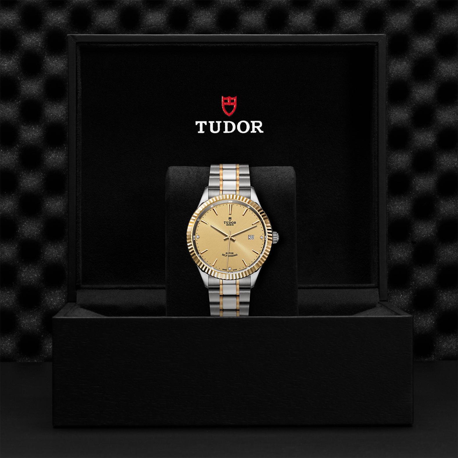 TUDOR Style M12713 0007 Presentationbox