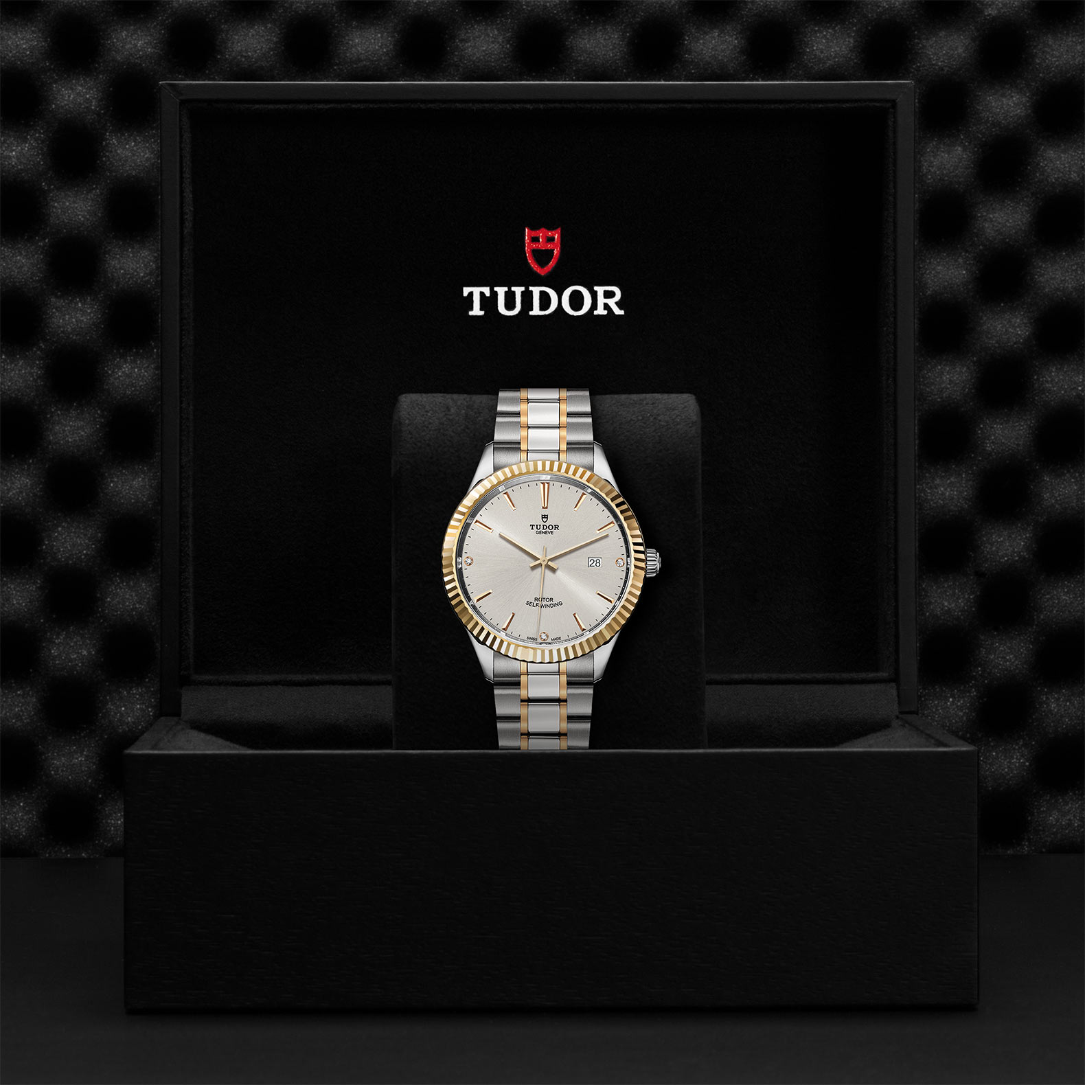 TUDOR Style M12713 0009 Presentationbox