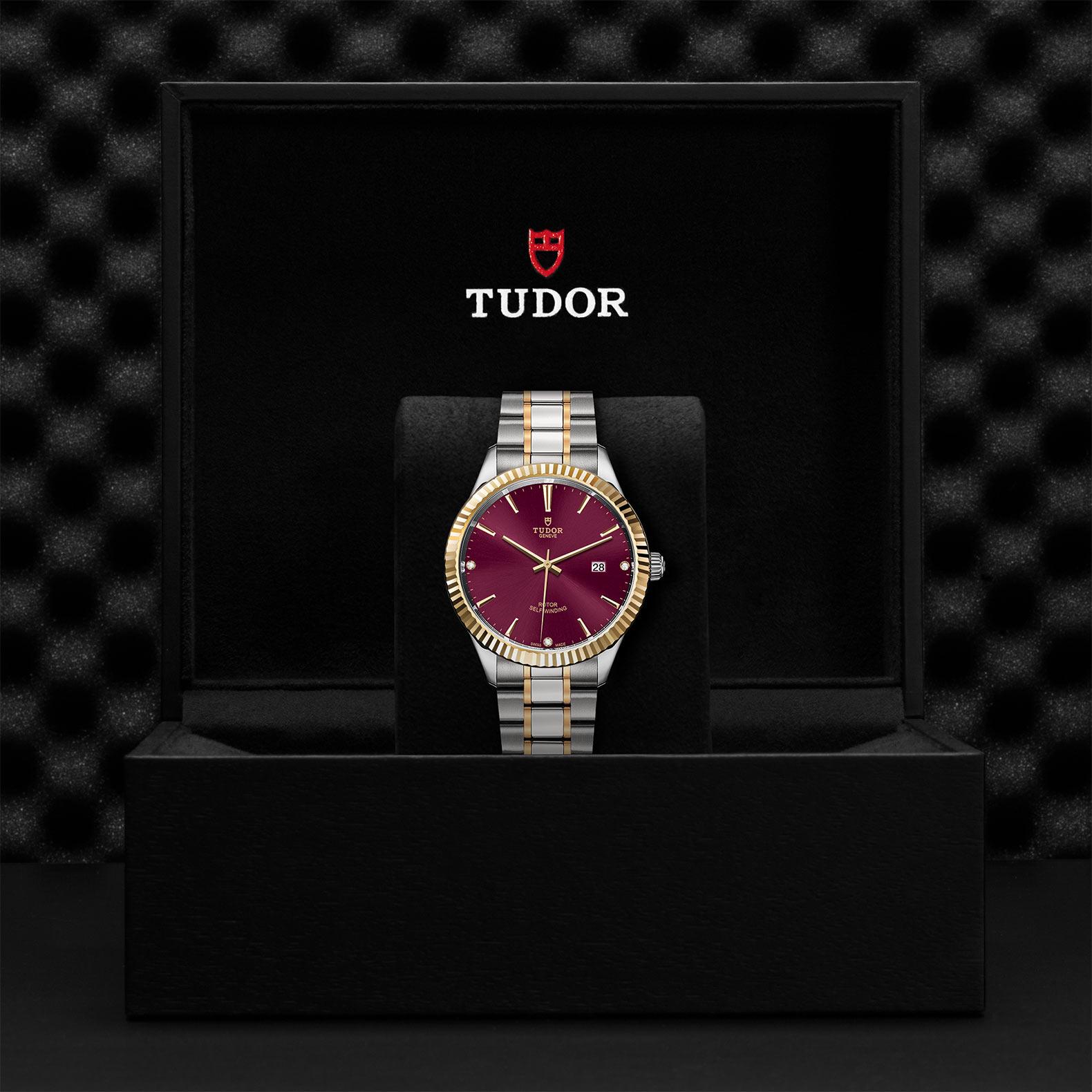 TUDOR Style M12713 0015 Presentationbox