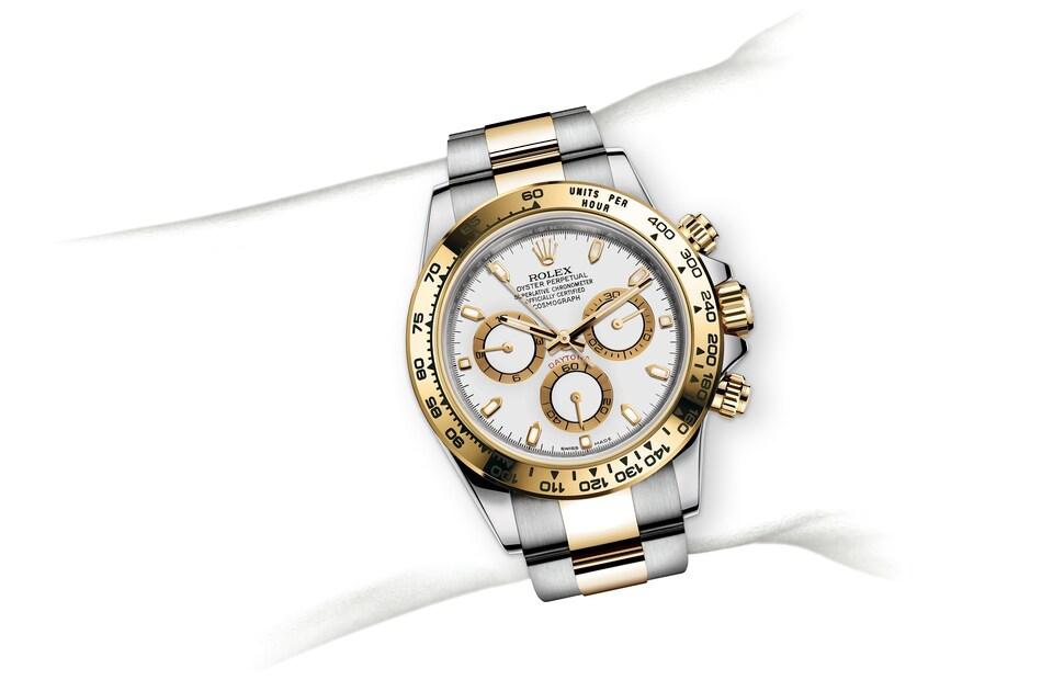m116503 0001 modelpage on wrist landscape
