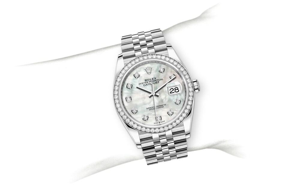 m126284rbr 0011 modelpage on wrist landscape