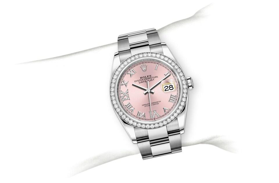m126284rbr 0024 modelpage on wrist landscape