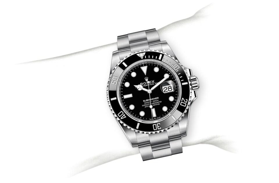 m126610ln 0001 modelpage on wrist landscape