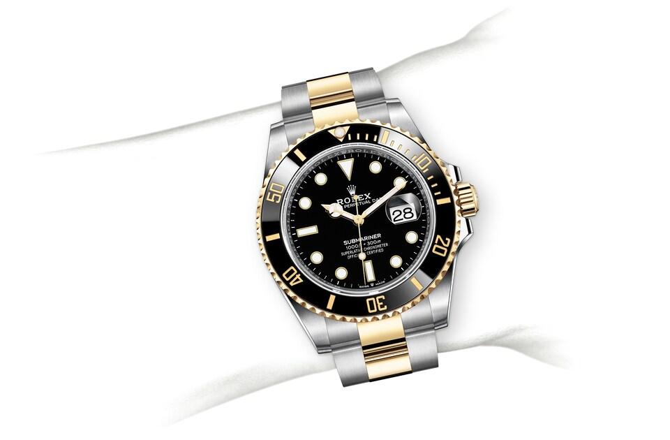 m126613ln 0002 modelpage on wrist landscape